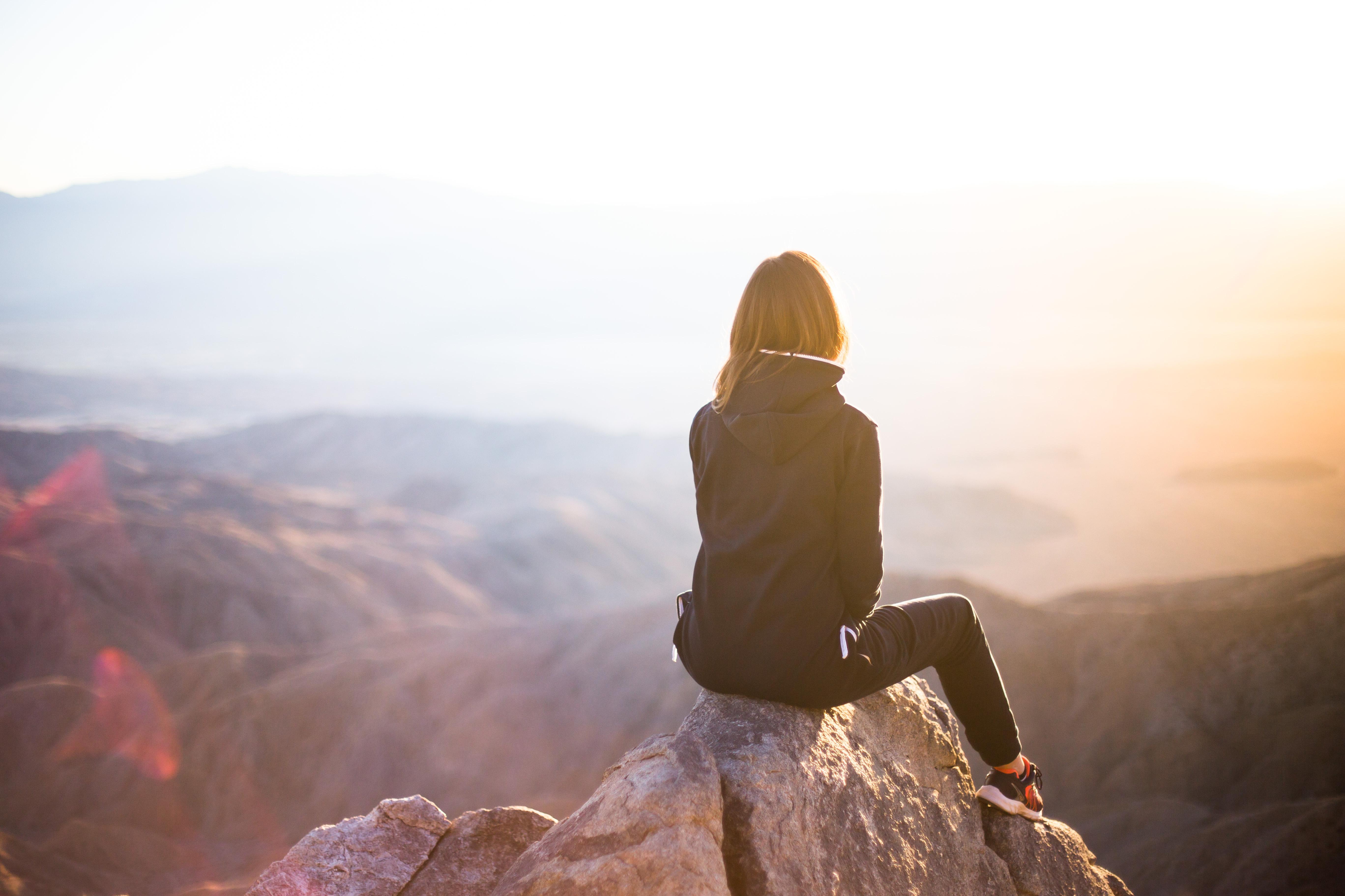 Hình Ảnh : Đá, Ánh Sáng Mặt Trời, Buổi Sáng, Cuộc Phiêu Lưu, Thể Thao Mạo  Hiểm, Hiện Tượng Khí Quyển, Địa Hình Đồi Núi 5472x3648