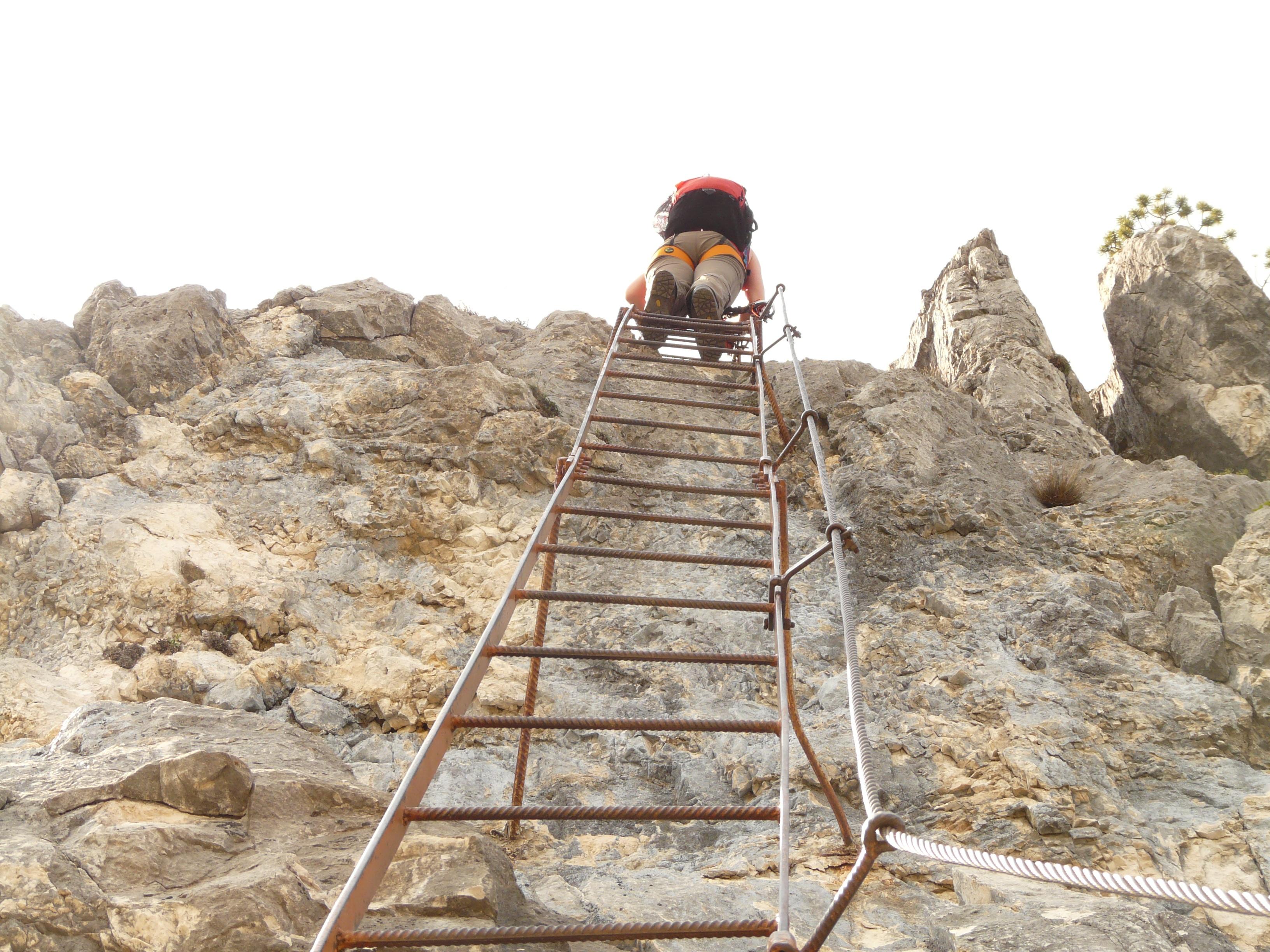 Wander Und Kletterausrüstung : Kostenlose foto rock berg spur wandern eng wanderung