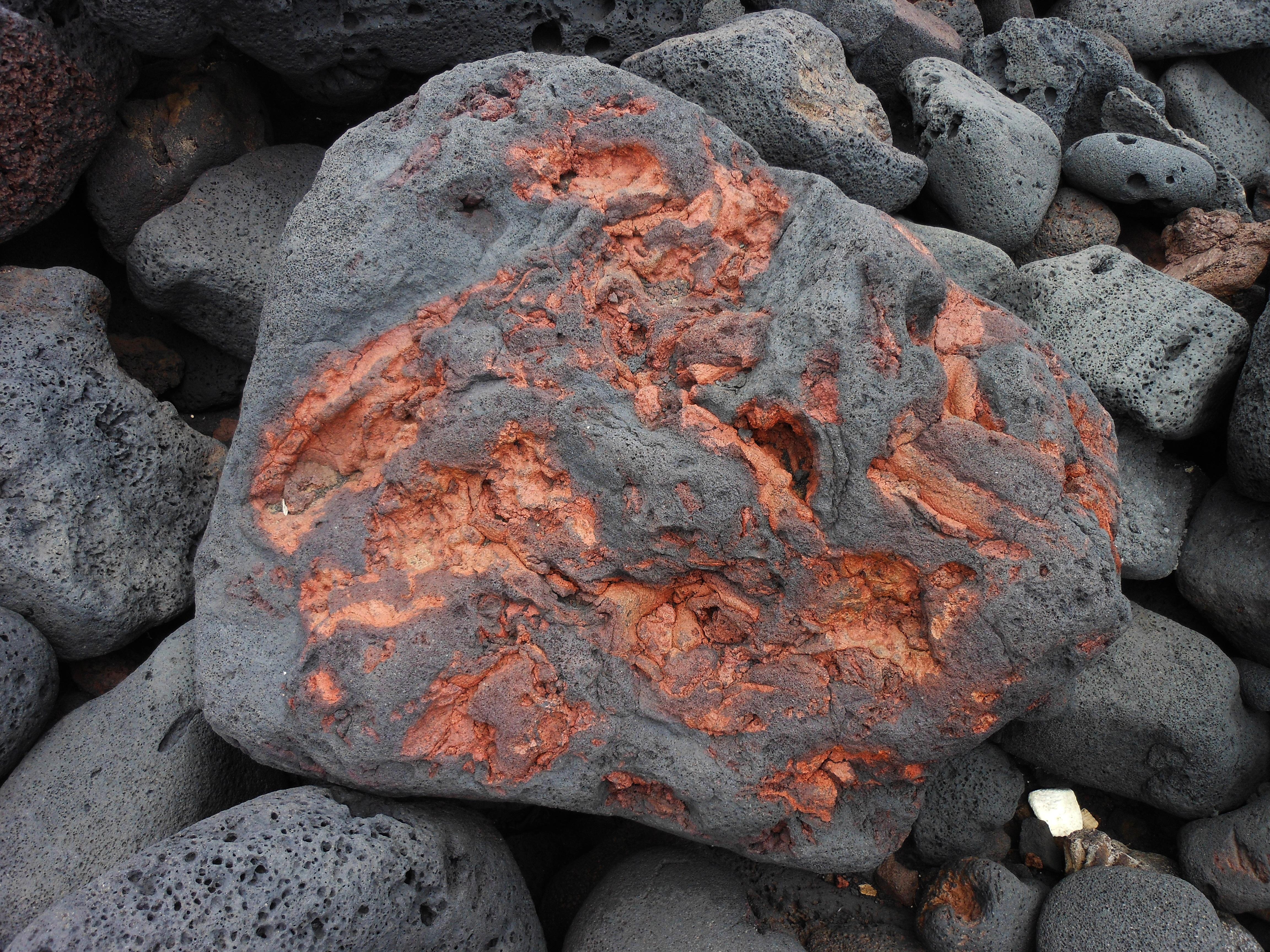 собрал главные картинки камней горных пород мамы