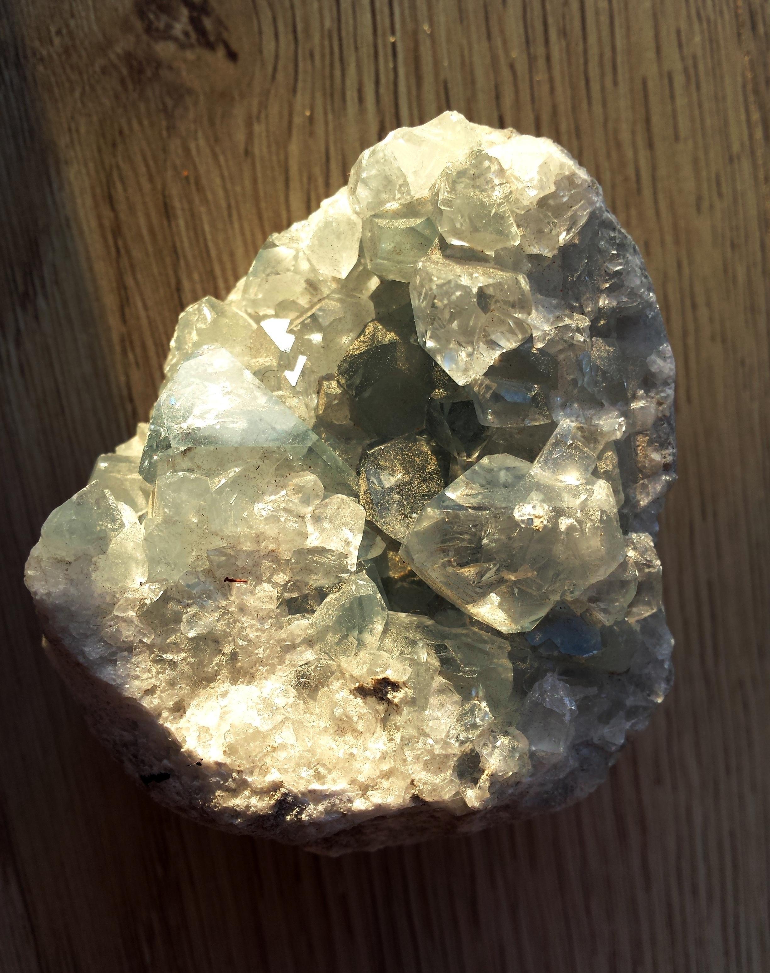stenar av kvarts
