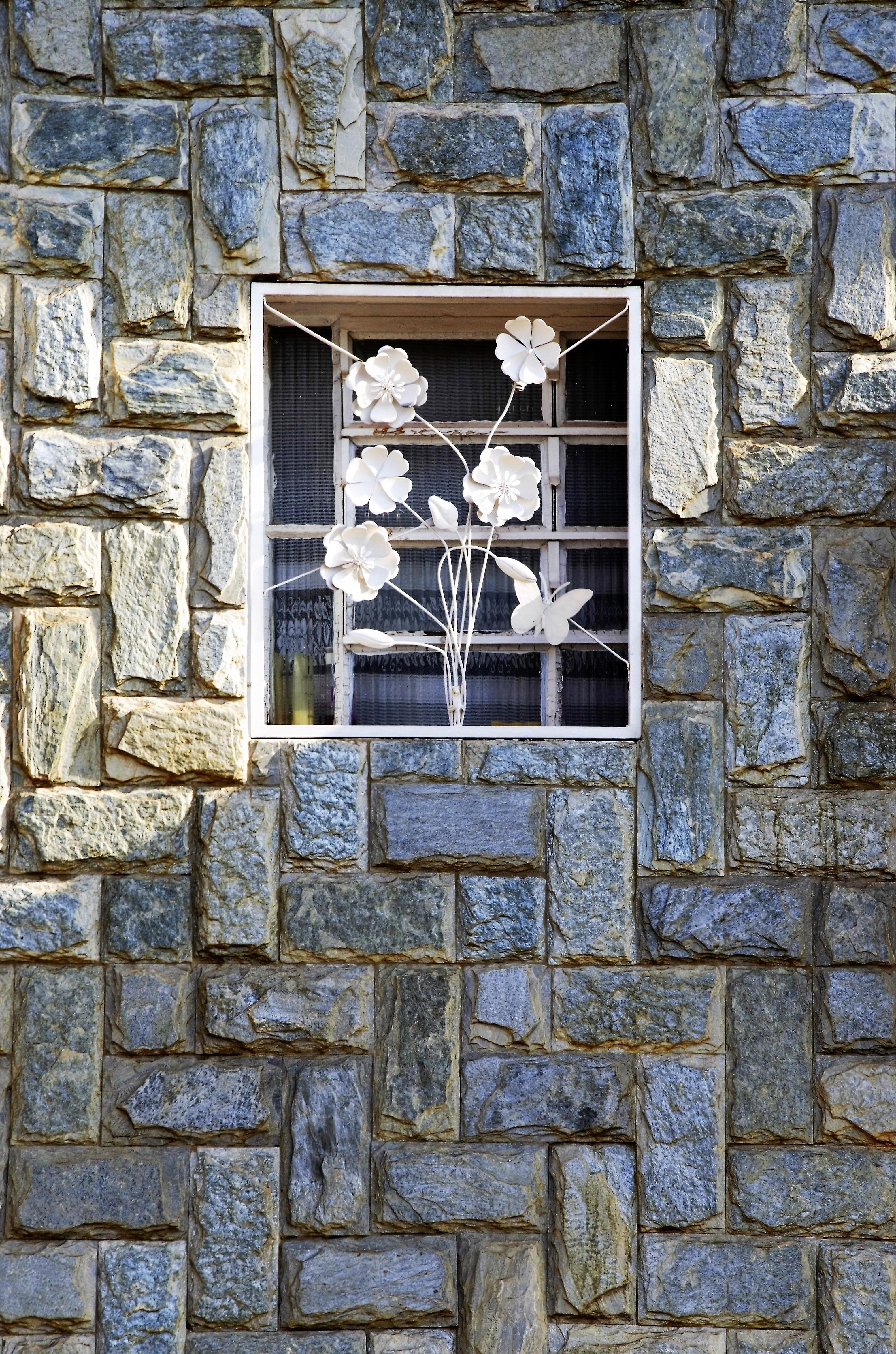 kostenlose foto rock fenster mauer fassade steinwand ziegel material steine kunst. Black Bedroom Furniture Sets. Home Design Ideas