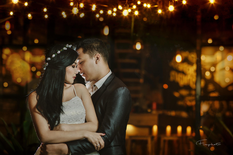 Romantic couple photograph ceremony event interaction romance fun wedding love girl bride wedding reception groom flash