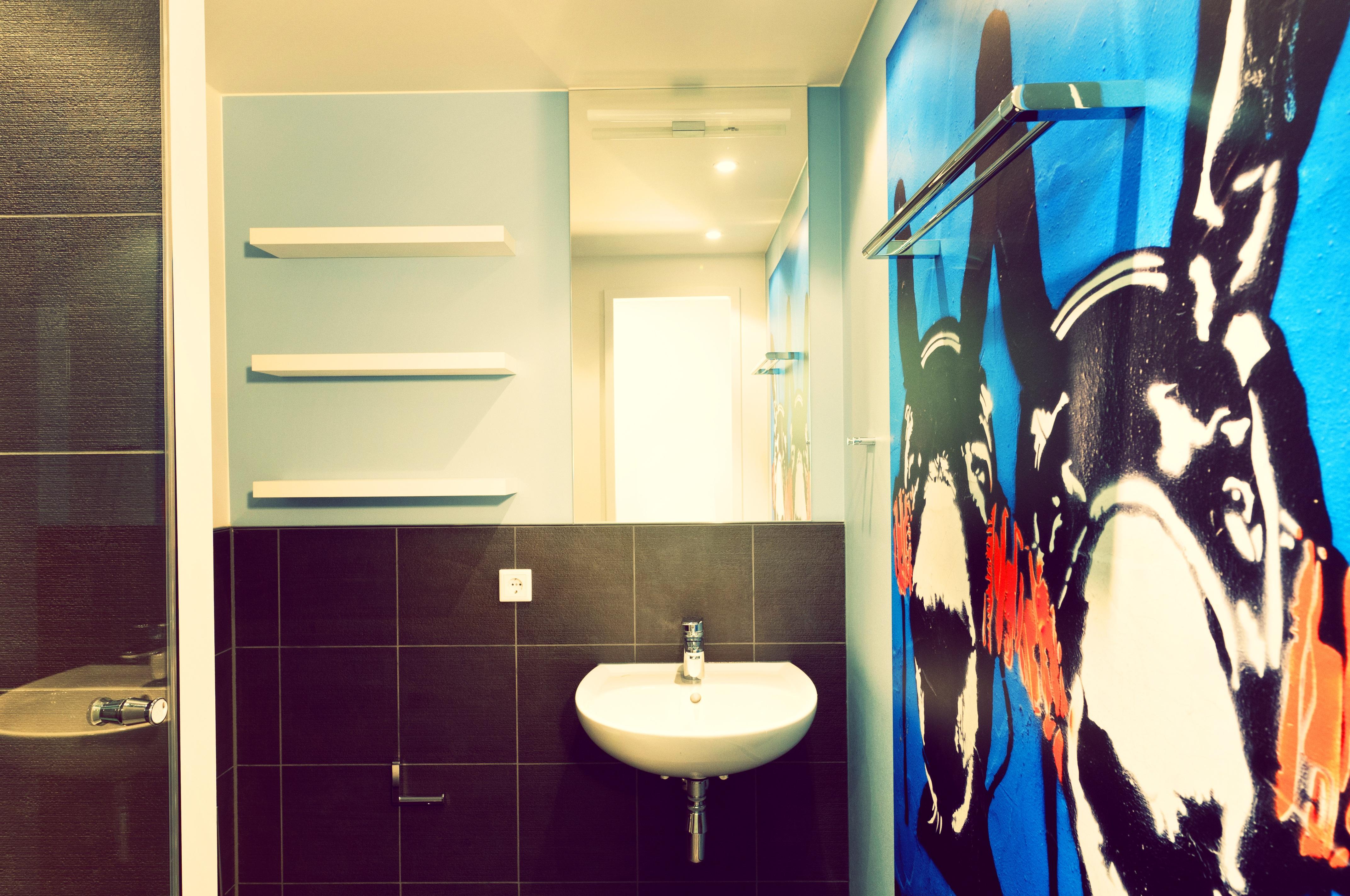 Zimmer Innenarchitektur Badezimmer Hauptstadt Entwurf Hotel Berlin Schlecht  Alexanderplatz