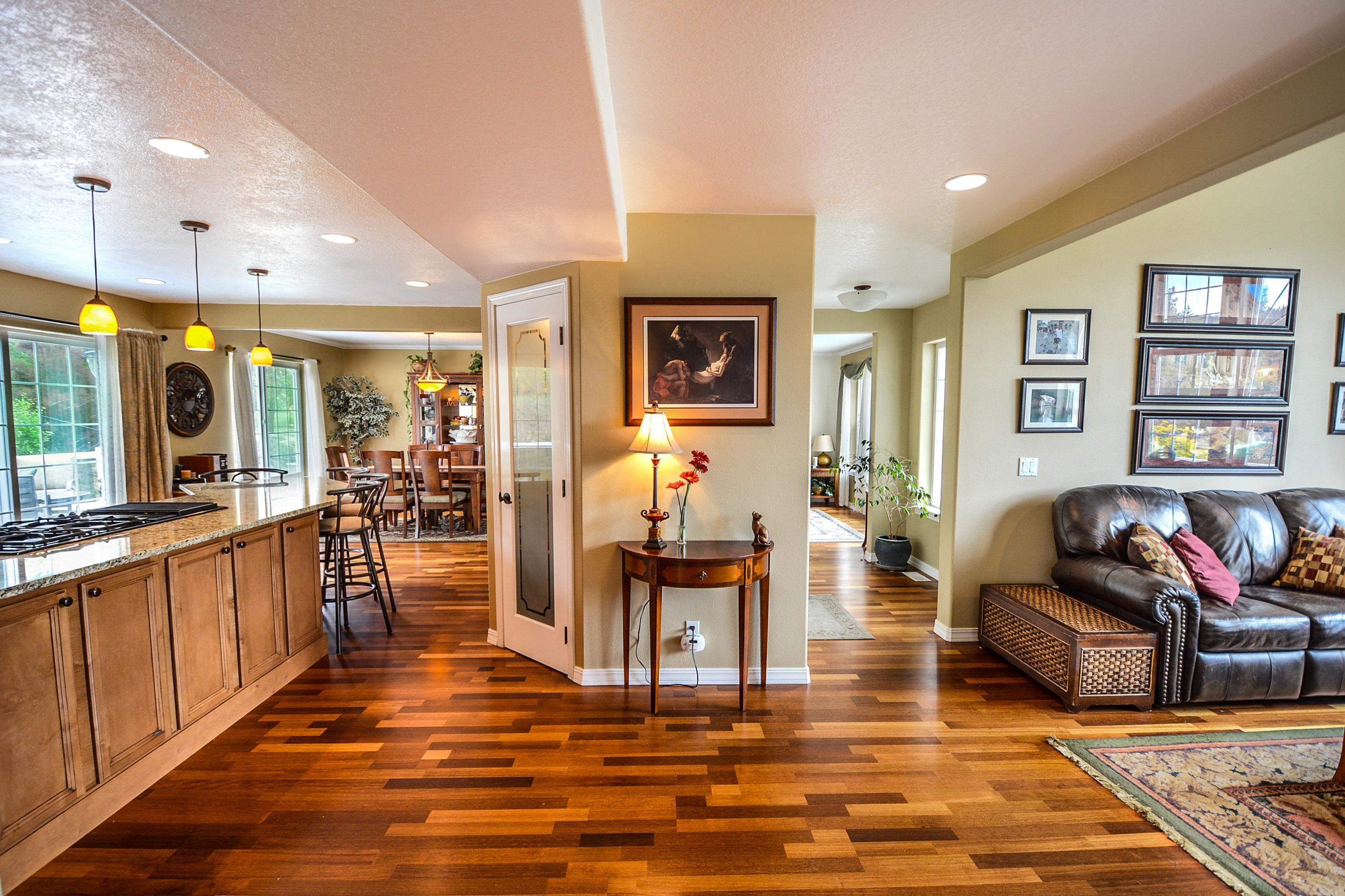 Free Images Property Living Room, Estate Living Laminate Flooring