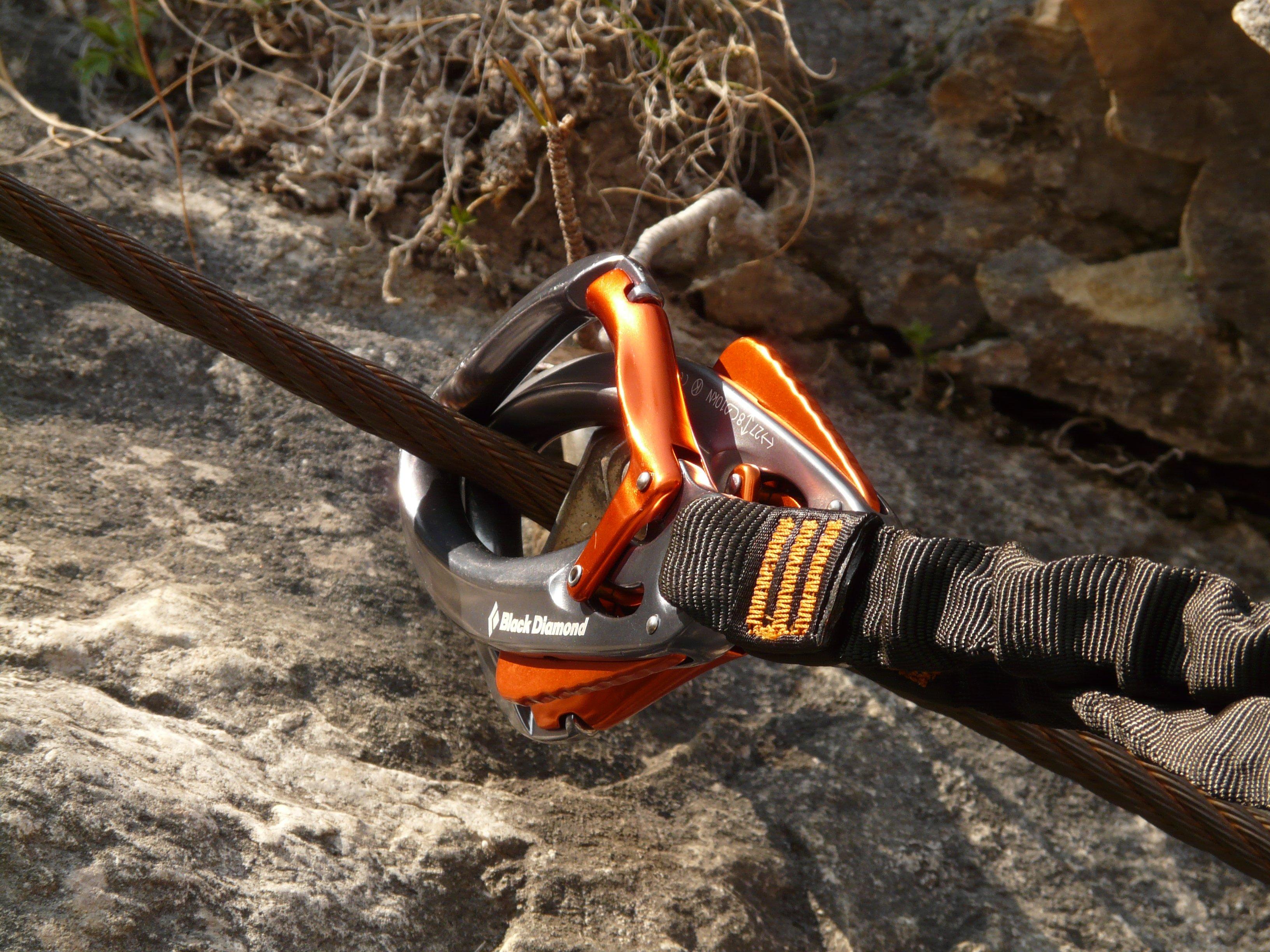 Kletterausrüstung Haken : Kostenlose foto boden klettern sicherheit haken kettensäge