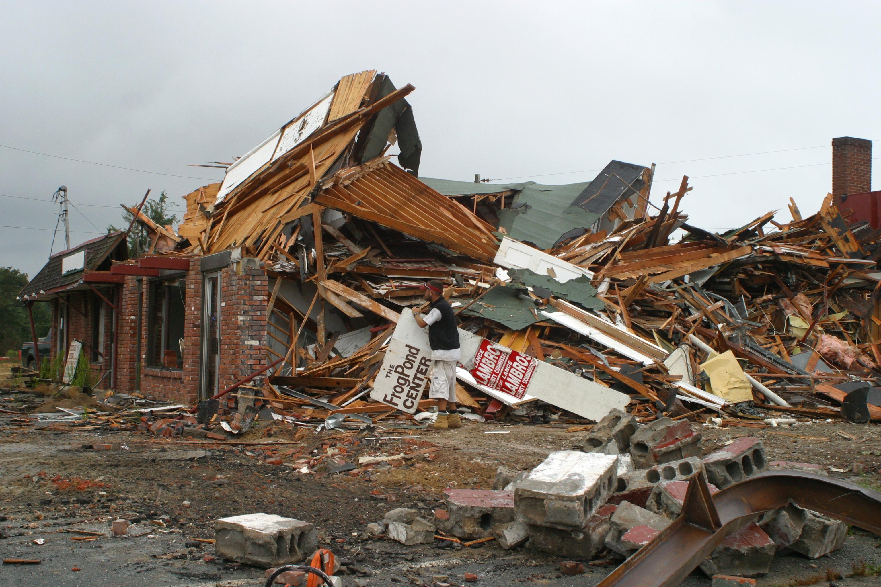 kostenlose foto schutt katastrophe zerst rung abriss erdbeben schrott zerst ren. Black Bedroom Furniture Sets. Home Design Ideas