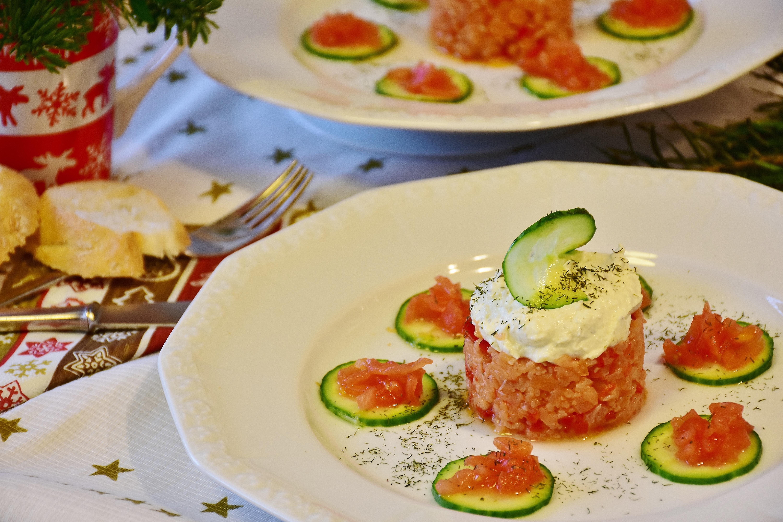 Free images salmon tartare tartar cucumber tomato for Christmas fish starters