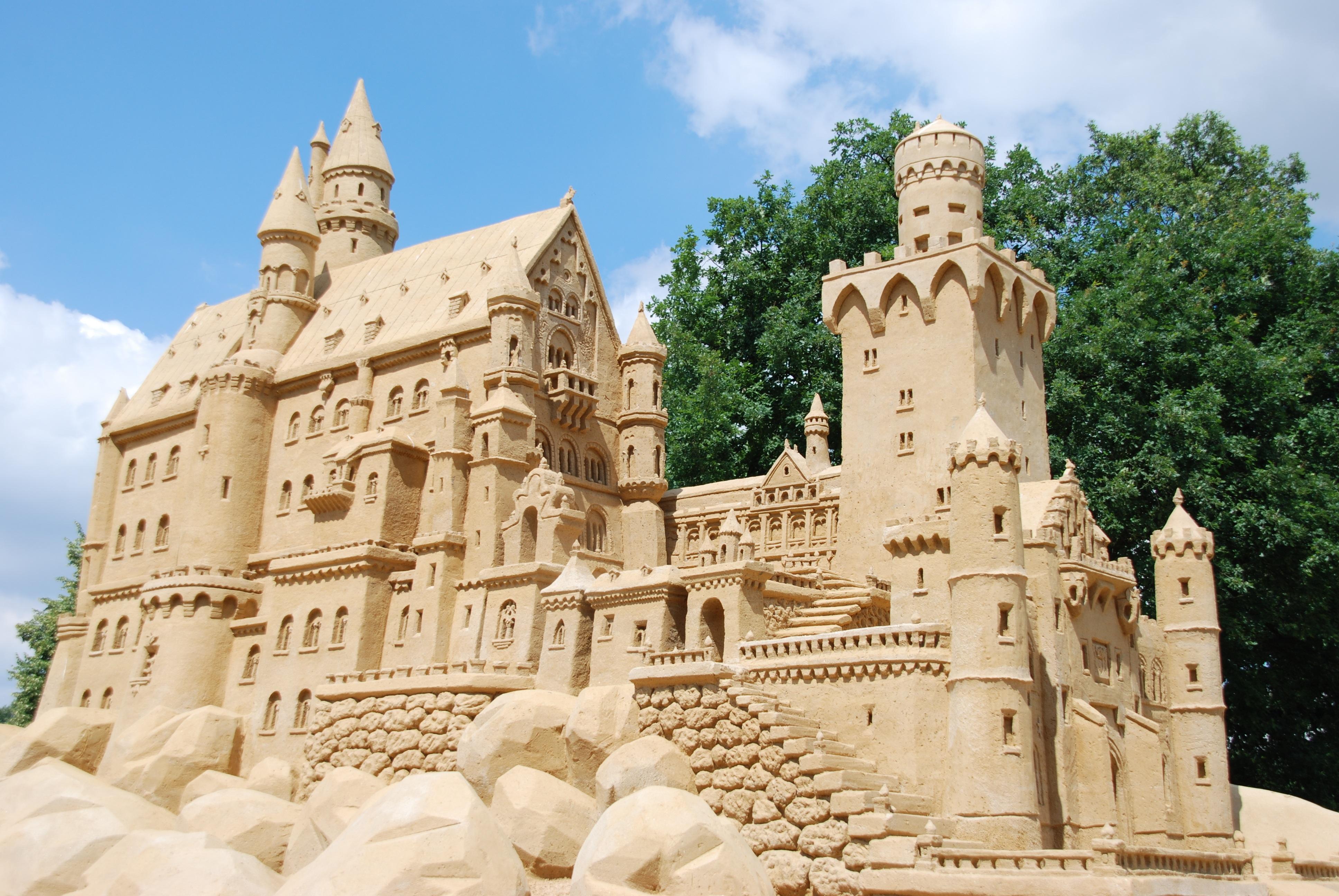 Замок на песке картинка для детей