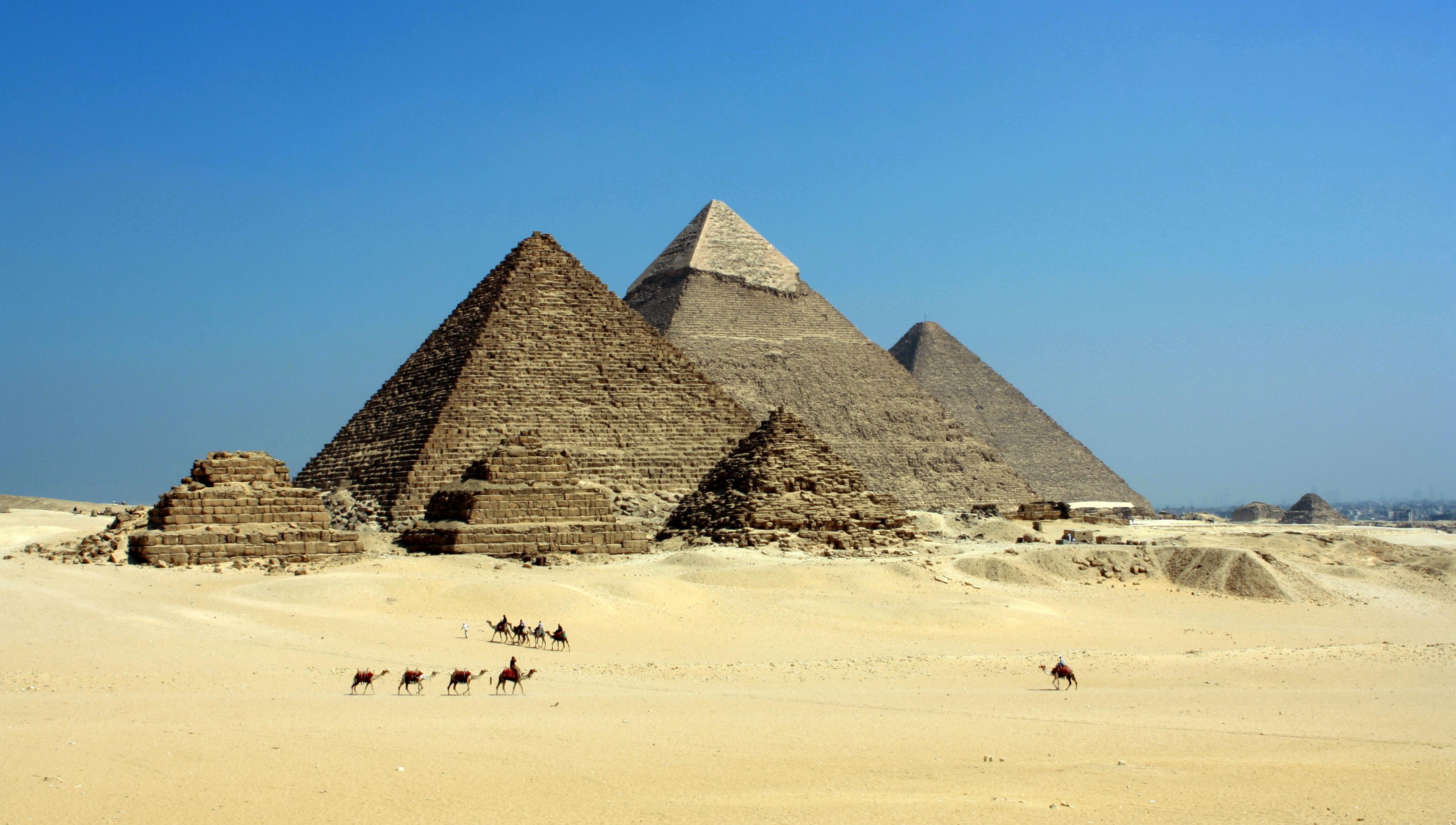 Gambar Pasir Gurun Monumen Piramida Langit Biru Mesir Tanah