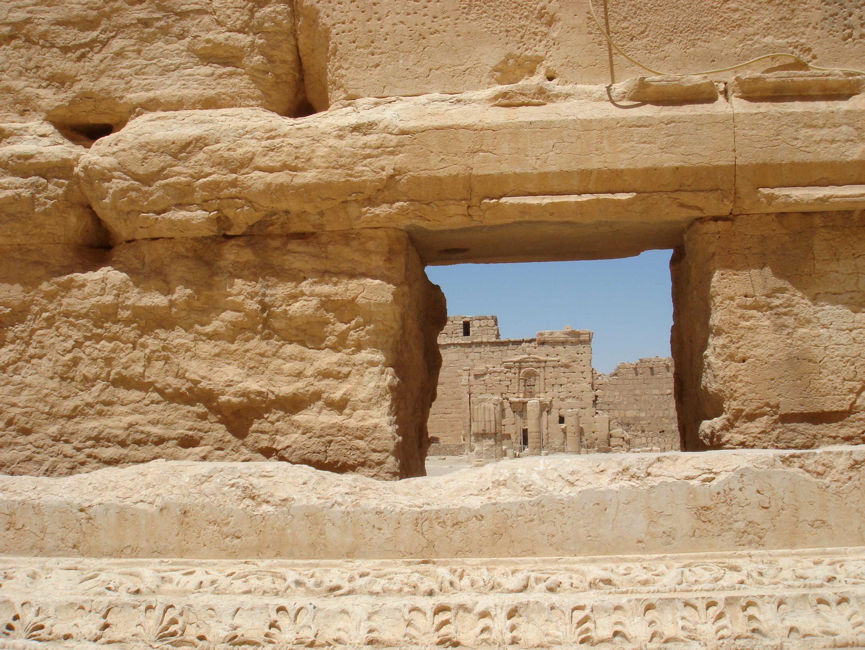 무료 이미지 모래 록 목재 사막 벽 기념물 형성 아치 기둥 자료 신전 진주 와디