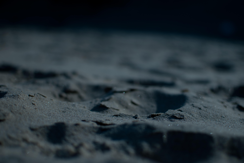 Hình Ảnh : Cát, Tuyết, Đen Và Trắng, Bầu Trời, Đêm, Làn Sóng, Dấu Chân,  Không Khí, Sự Phản Chiếu, Bóng Tối, Đơn Sắc, Mặt Trăng, Đóng Lên, Đóng  Băng, ...