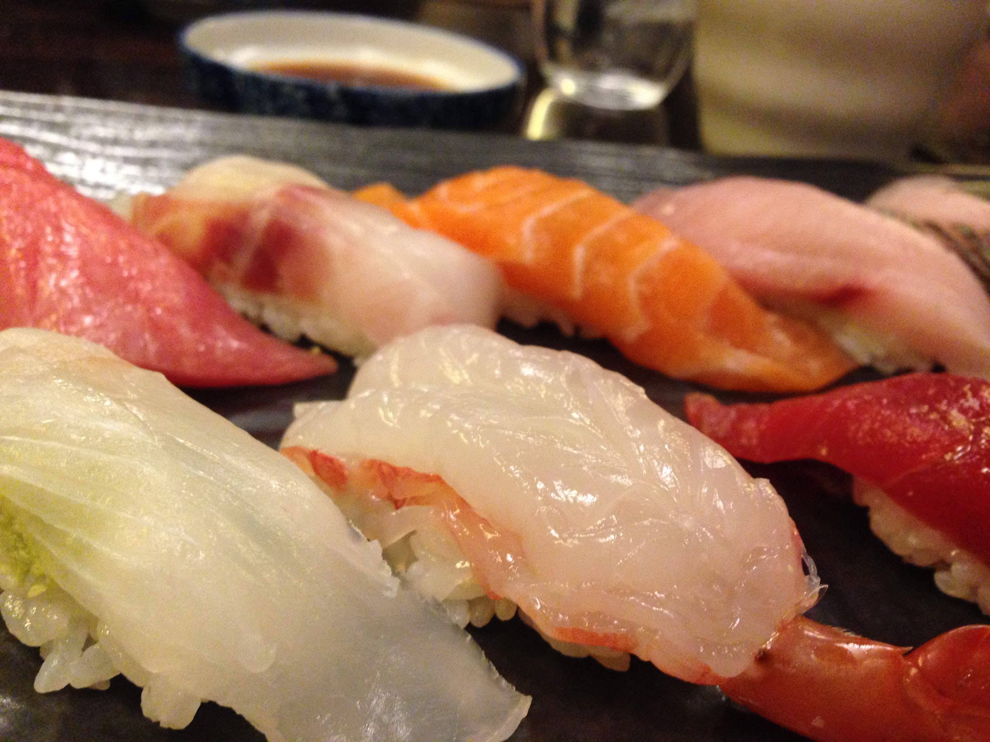 Gambar Sashimi Ikan Salmon Udang Seabass Nasi Masakan