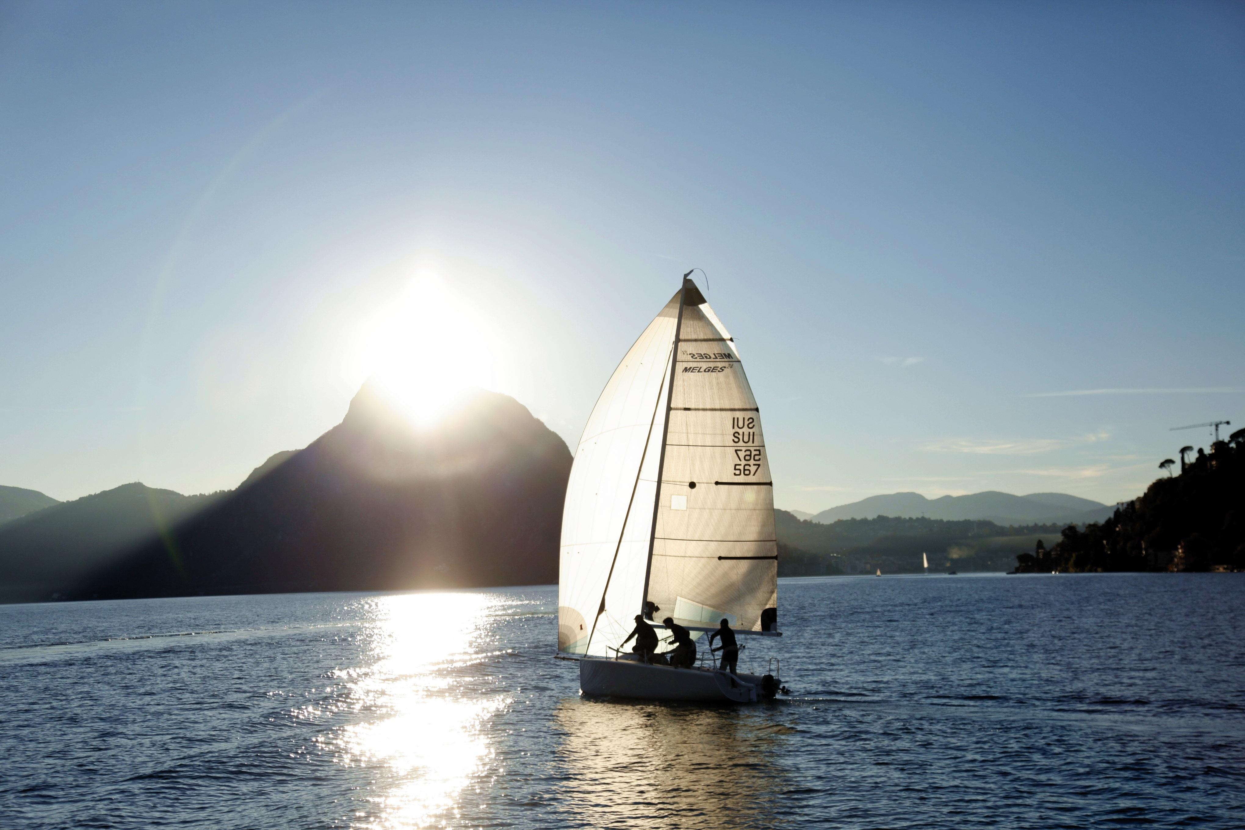 других картинки хорошая лодка с парусами это