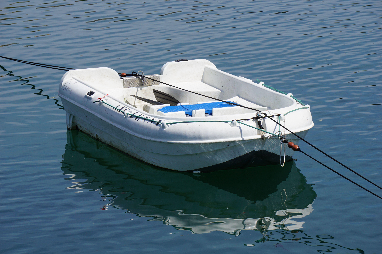 Kostenlose foto : Meer, Boot, Schiff, Fahrzeug, Yacht, Farbe ...