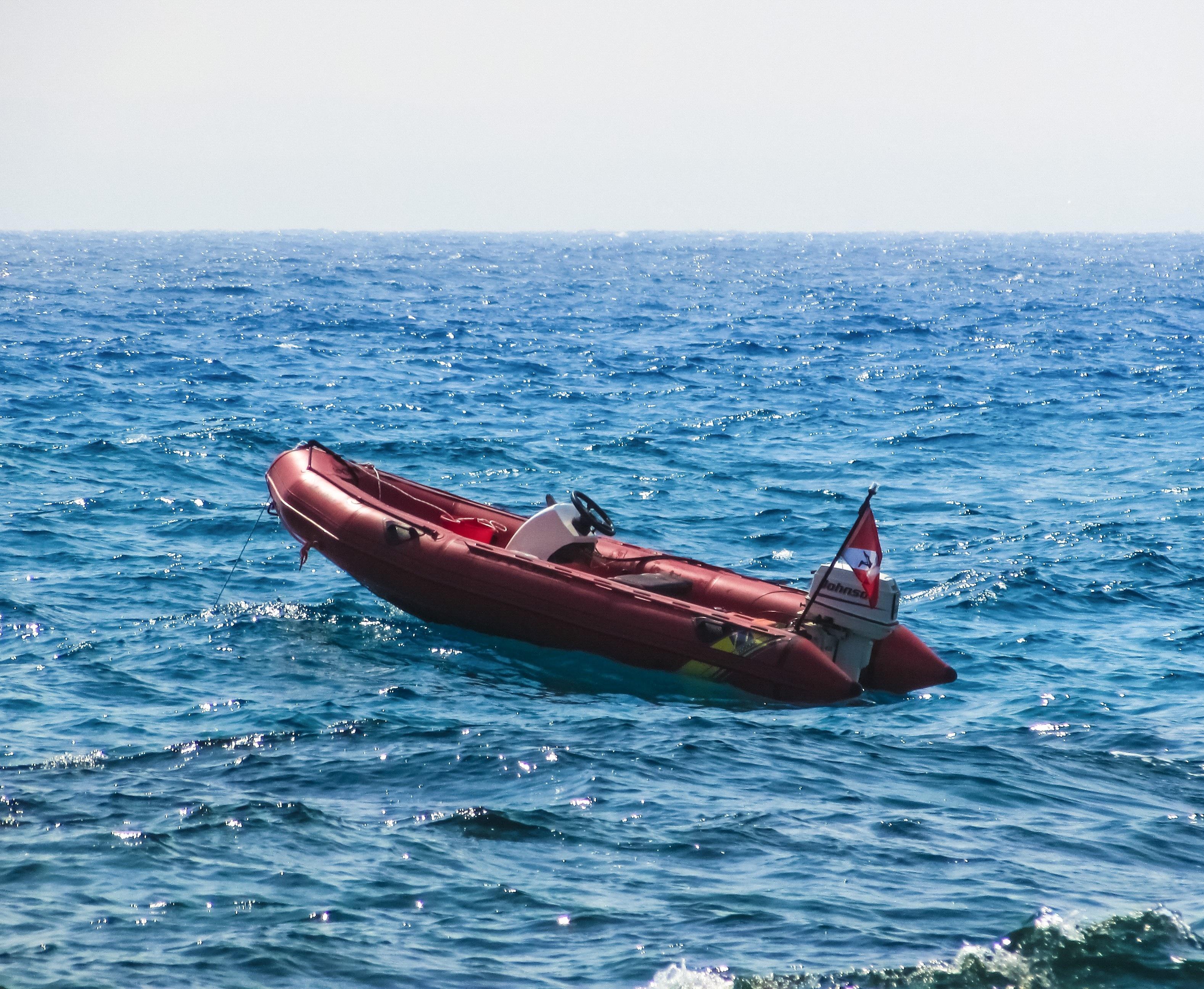 images gratuites t rouge v hicule bateau moteur canotage motomarine bateau moteur. Black Bedroom Furniture Sets. Home Design Ideas