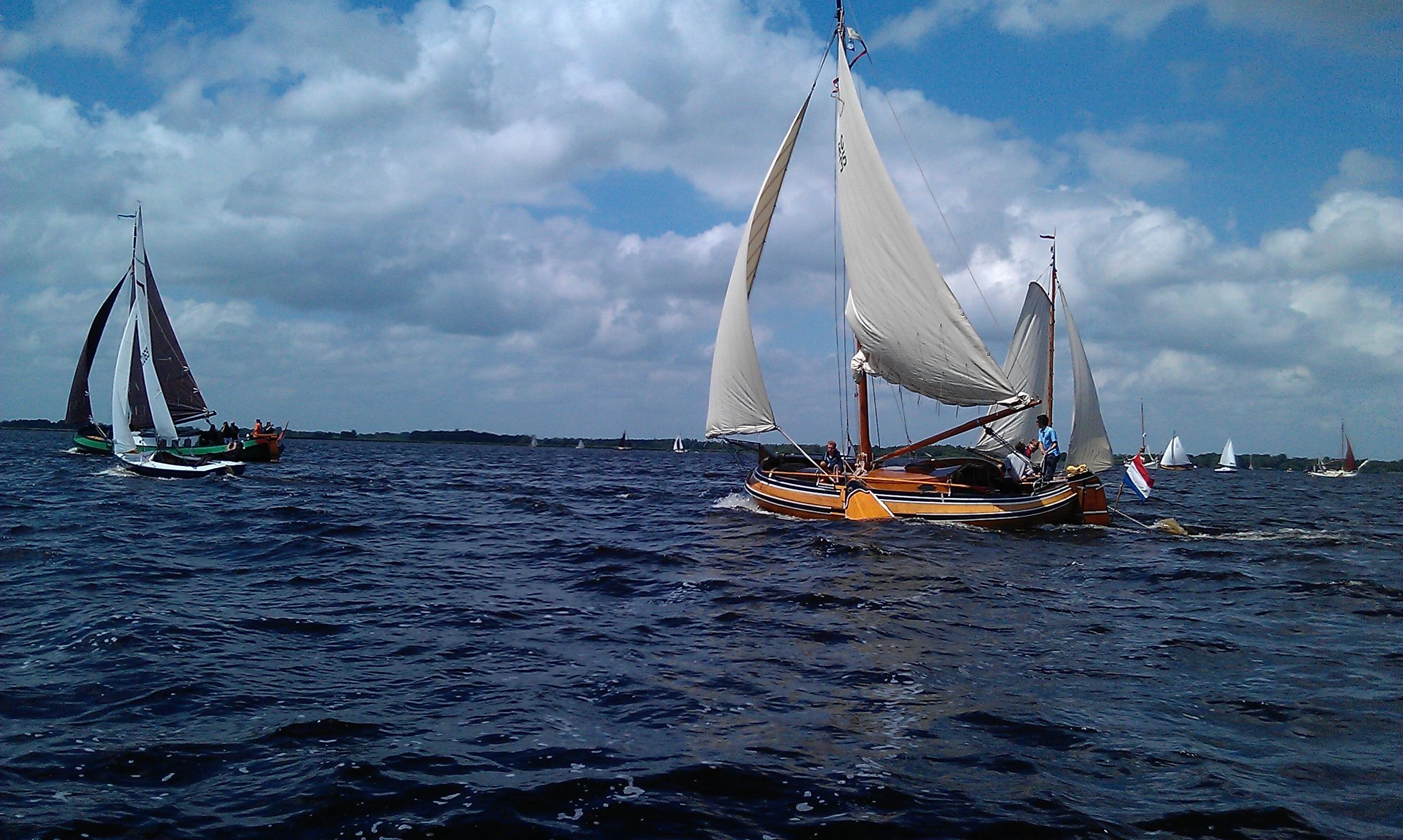 фото лодки с парусами юные годы