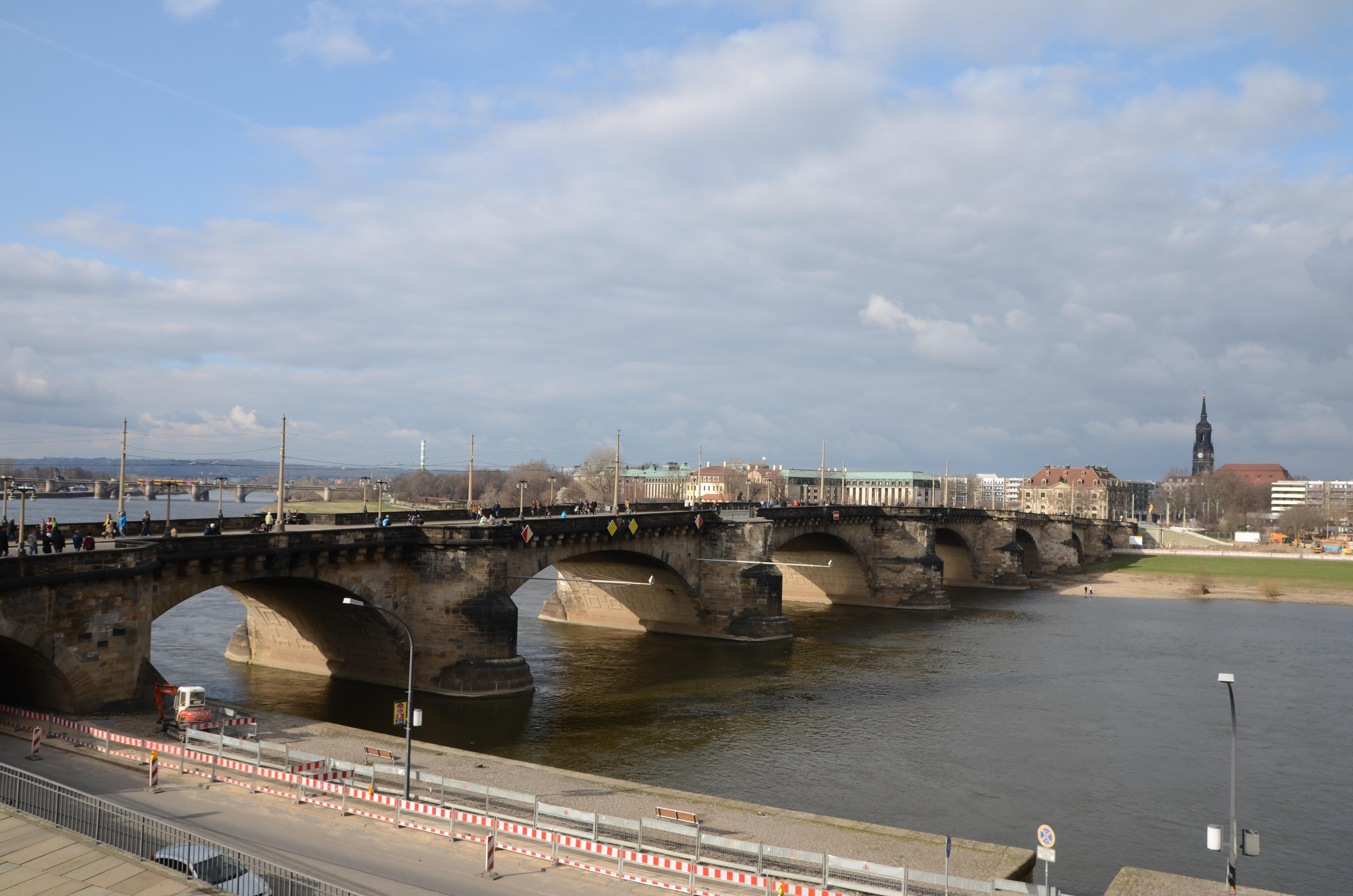 canap dresden mer côte architecture pont rivière voie navigable Infrastructure canal  Dresden Structure non constructible