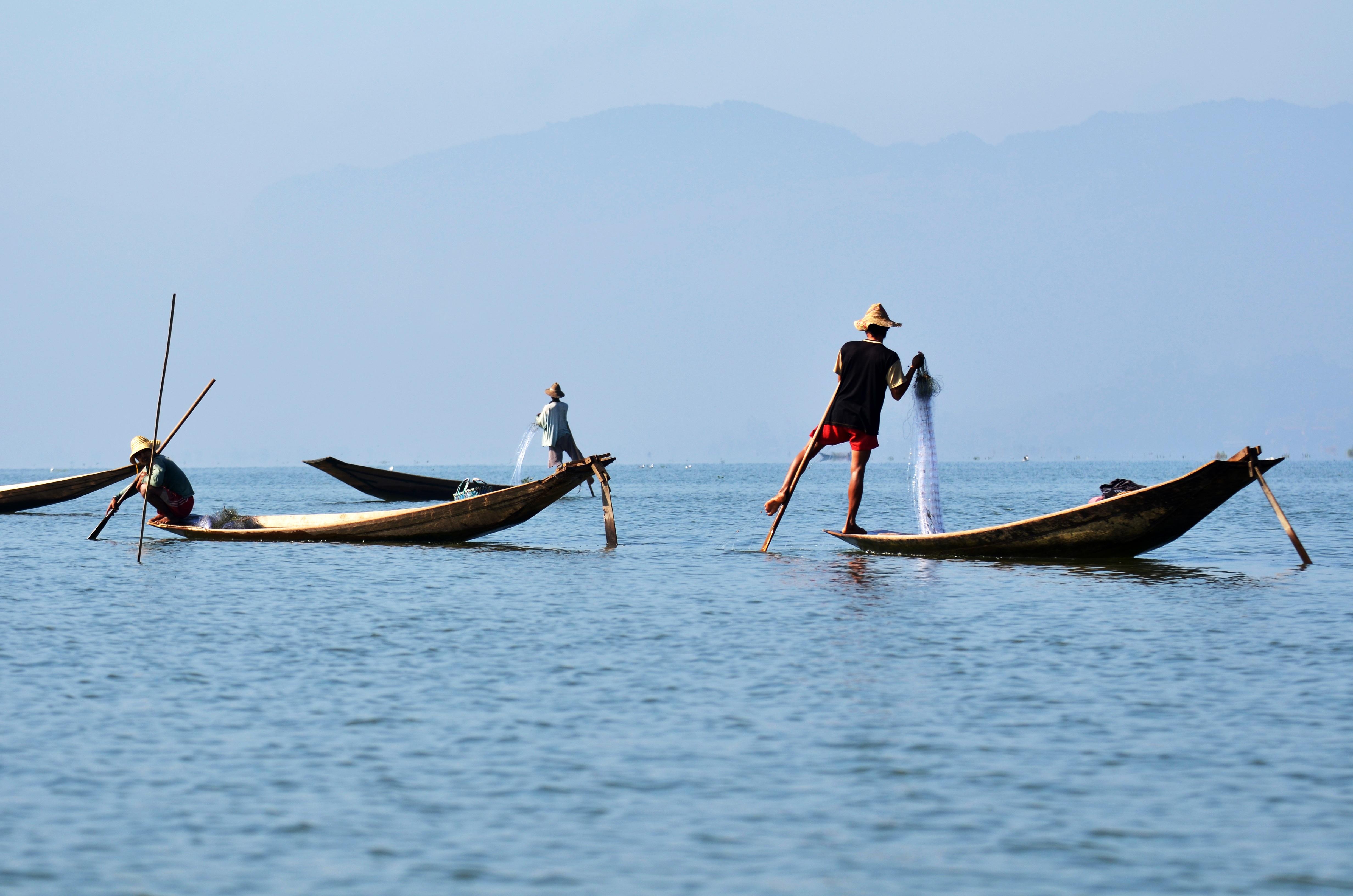 Free images coast boat wind canoe paddle vehicle for Paddle boat fishing