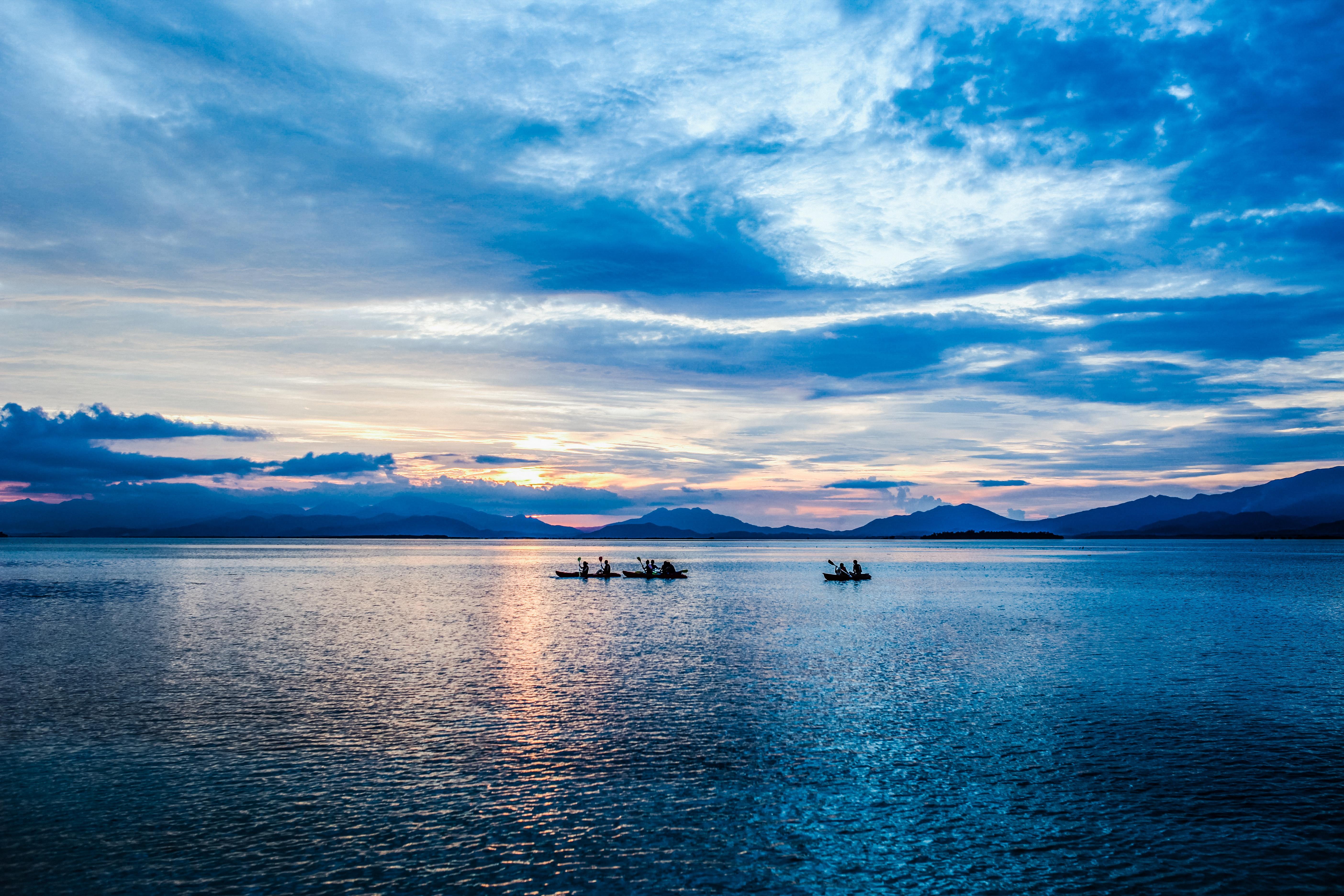 Картинки с красивыми морями и озерами