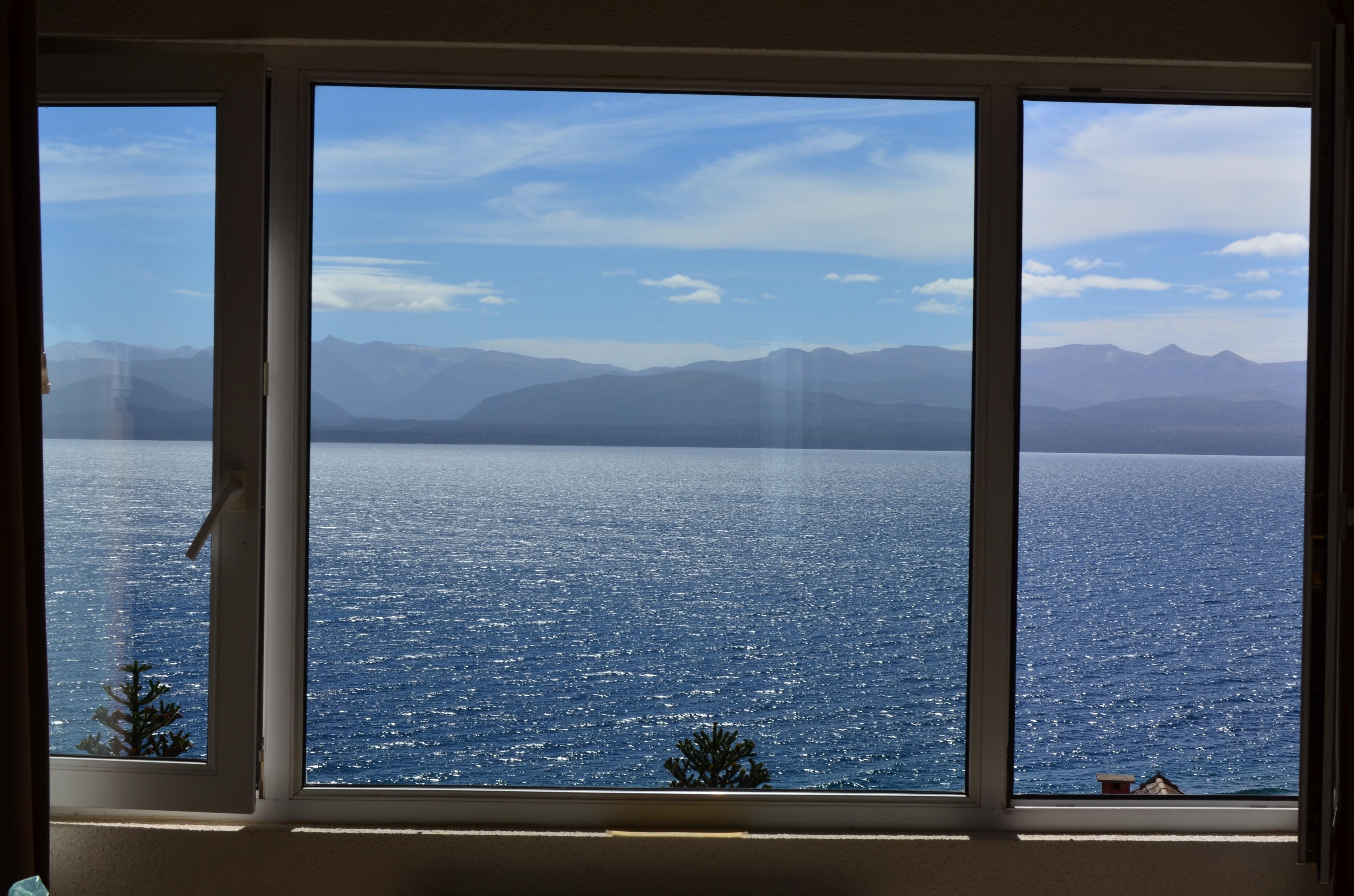 картинки широкоформатные вид из окна древнего художника