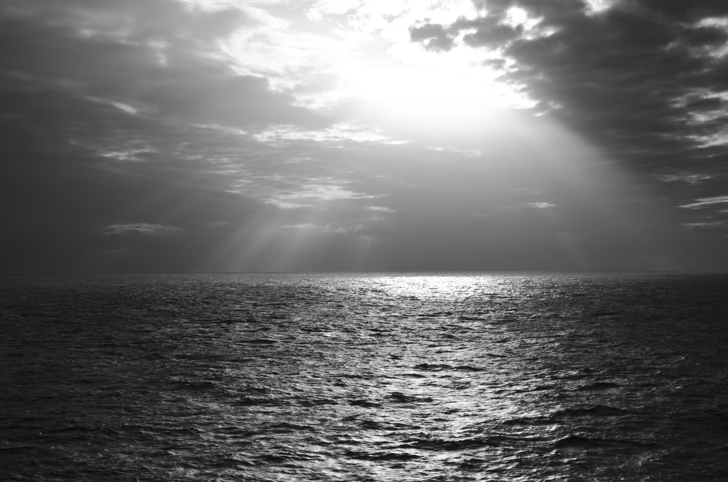 черный океан фото узел