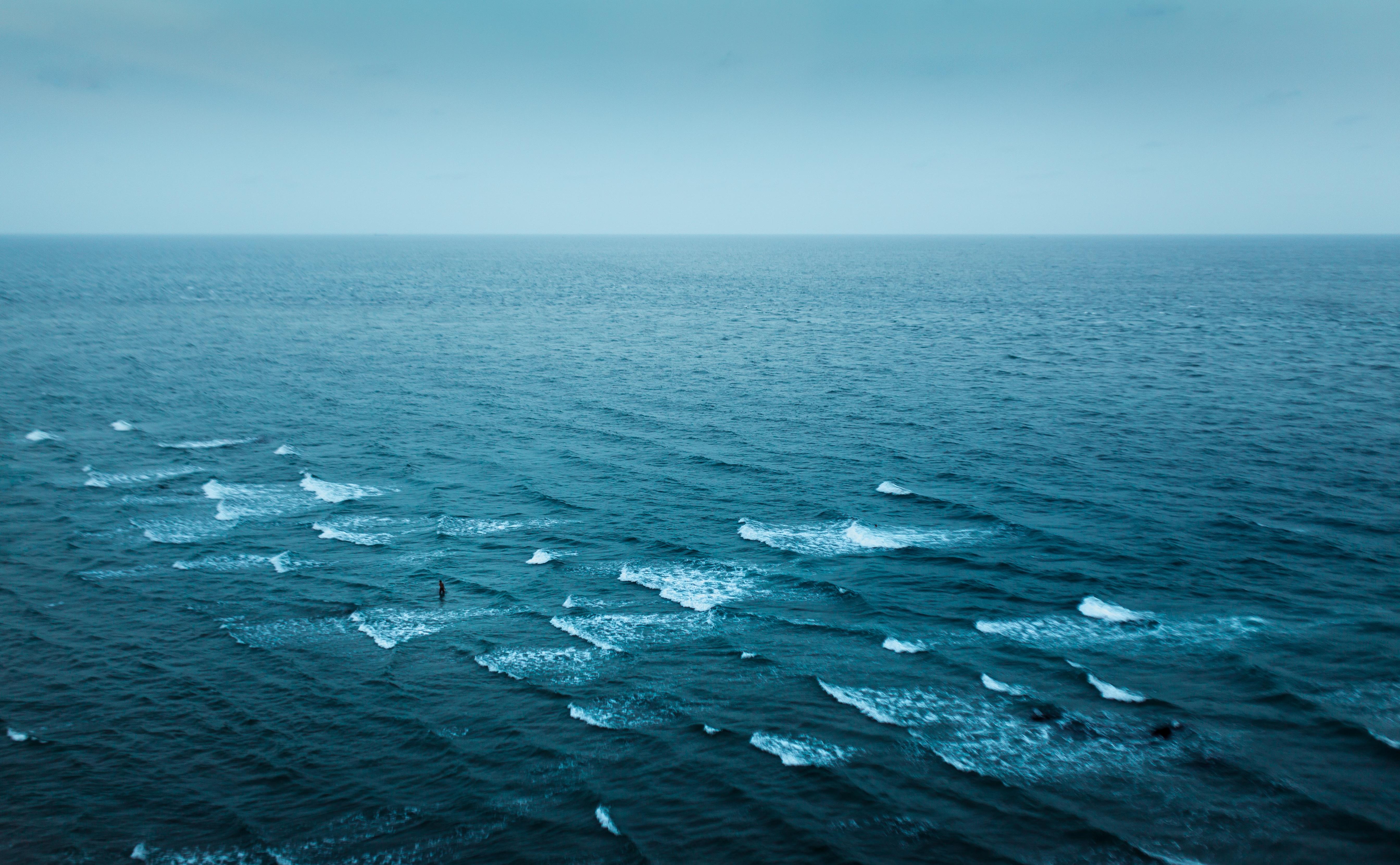Натуральные фотоэффекты на море в горах