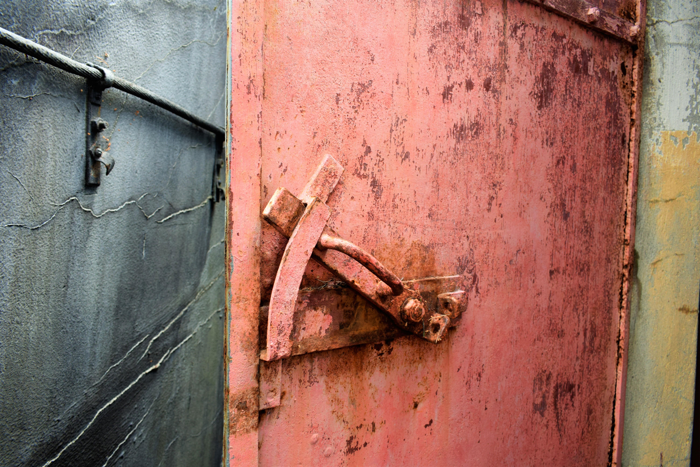 Gratis afbeeldingen zee natuur bos open fabriek hout boot antiek structuur venster - Zomer keuken steen ...