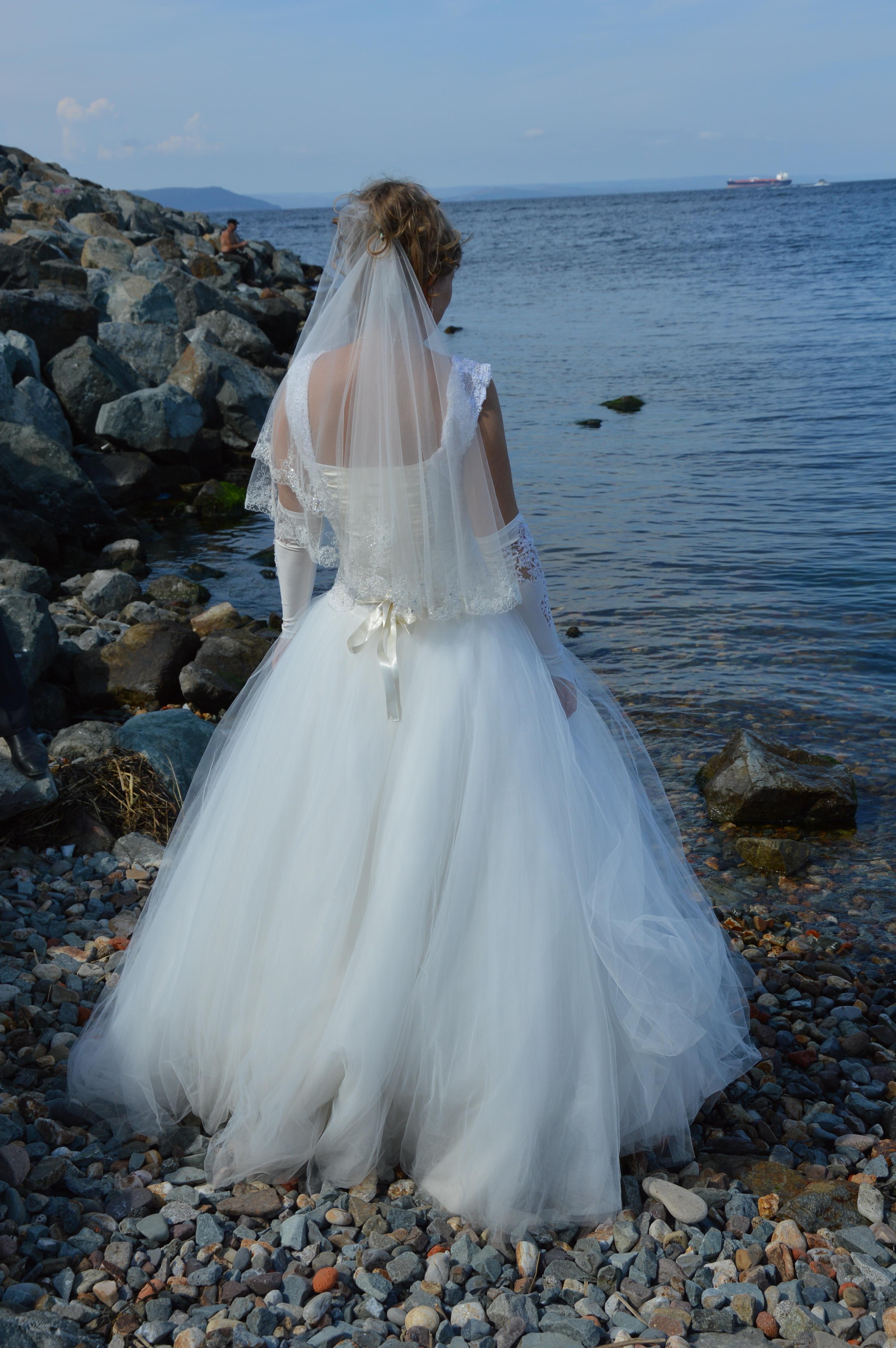 Free Images : sea, nature, woman, blue, wedding dress, bride, white ...