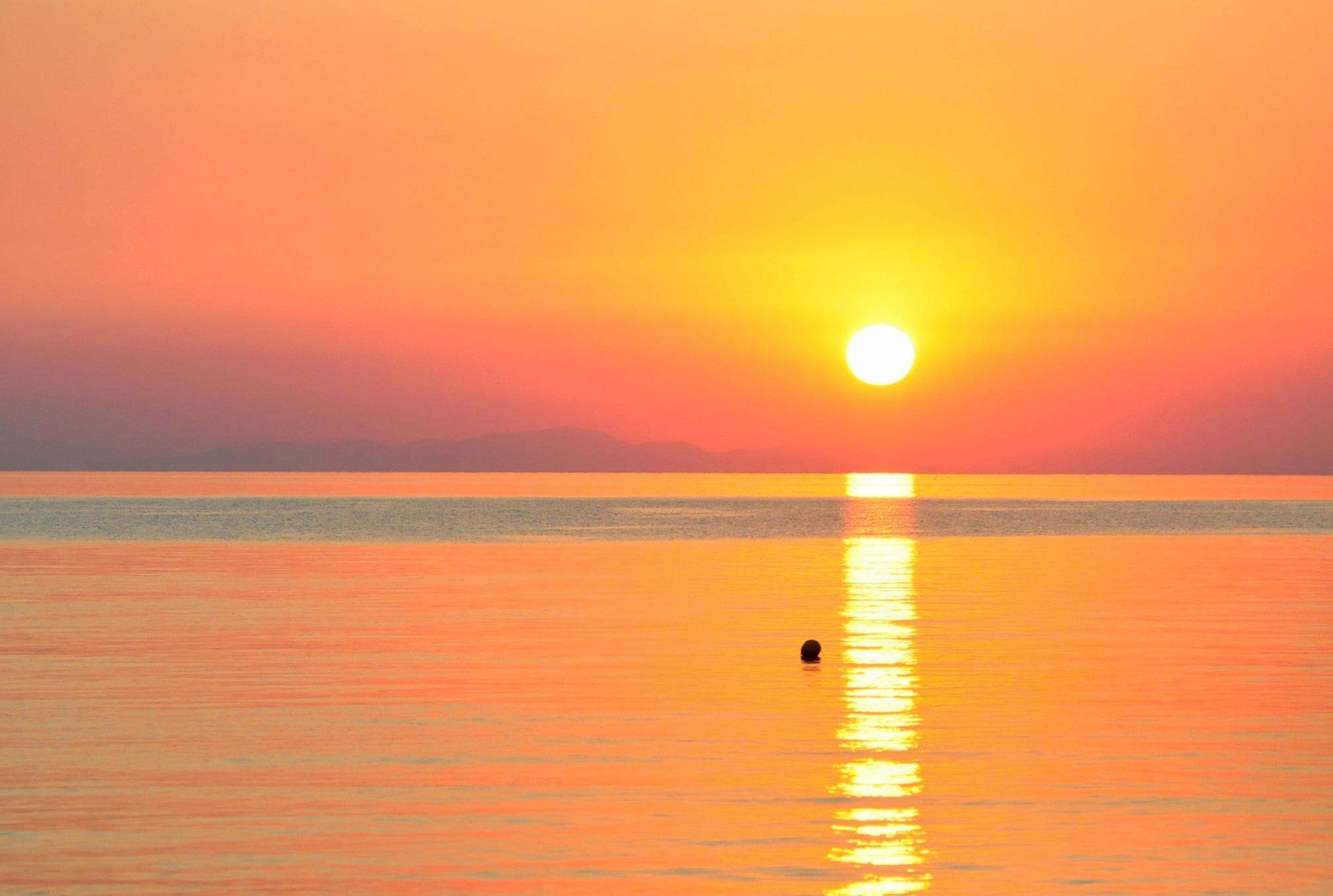 тем, картинка оранжевый закат у моря игрушка один русских