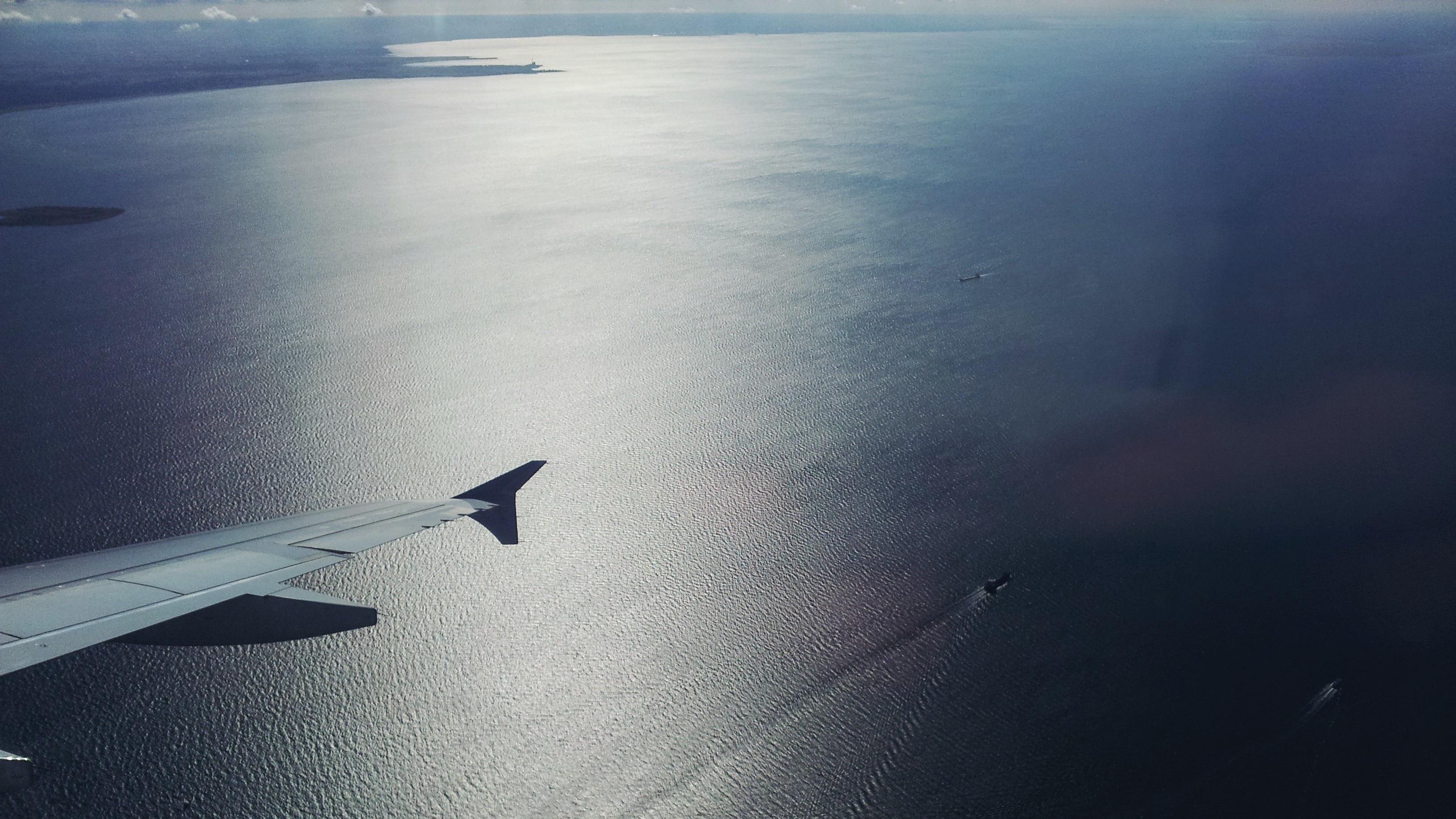 большинство самолеты в океане фото балконные