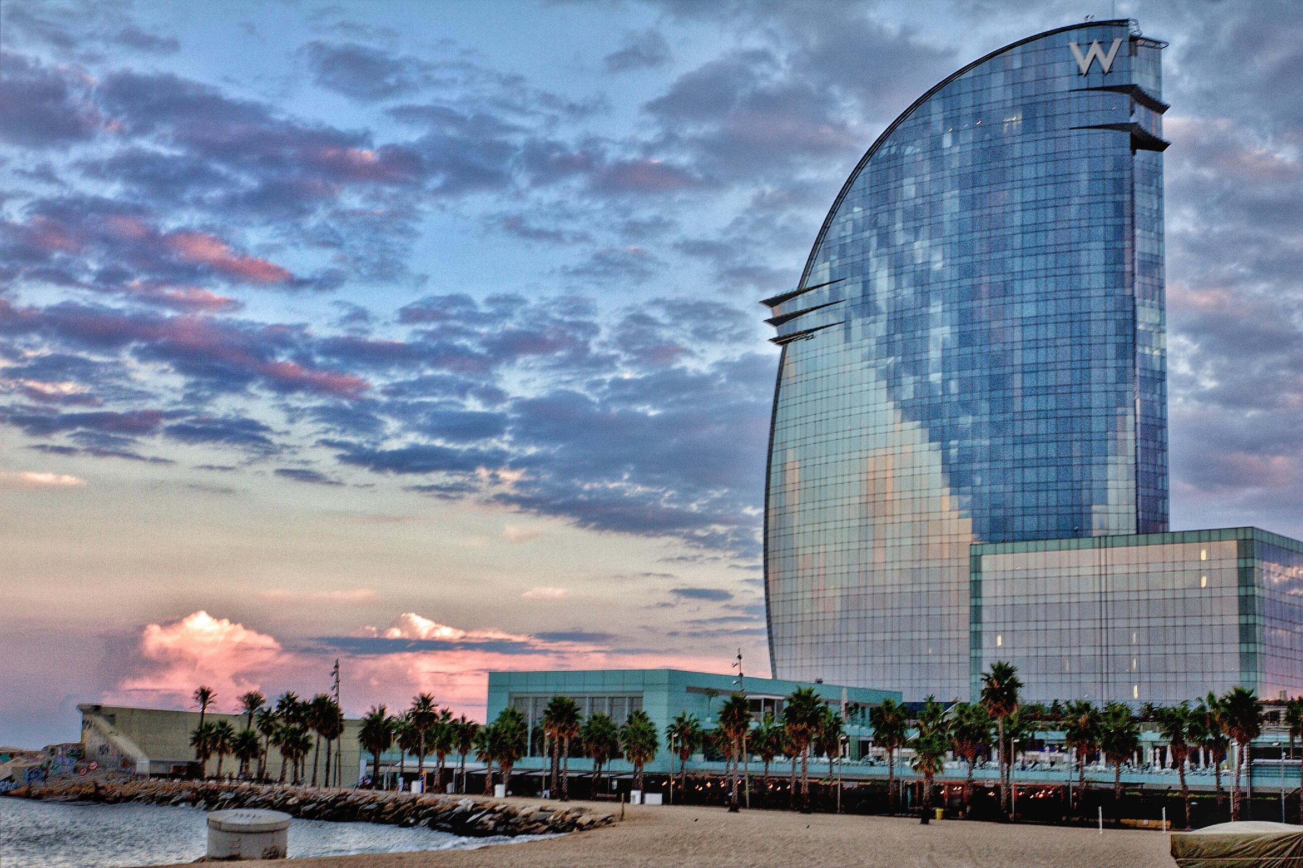 Fotos gratis mar rascacielos paisaje urbano torre Empresas de construccion en barcelona
