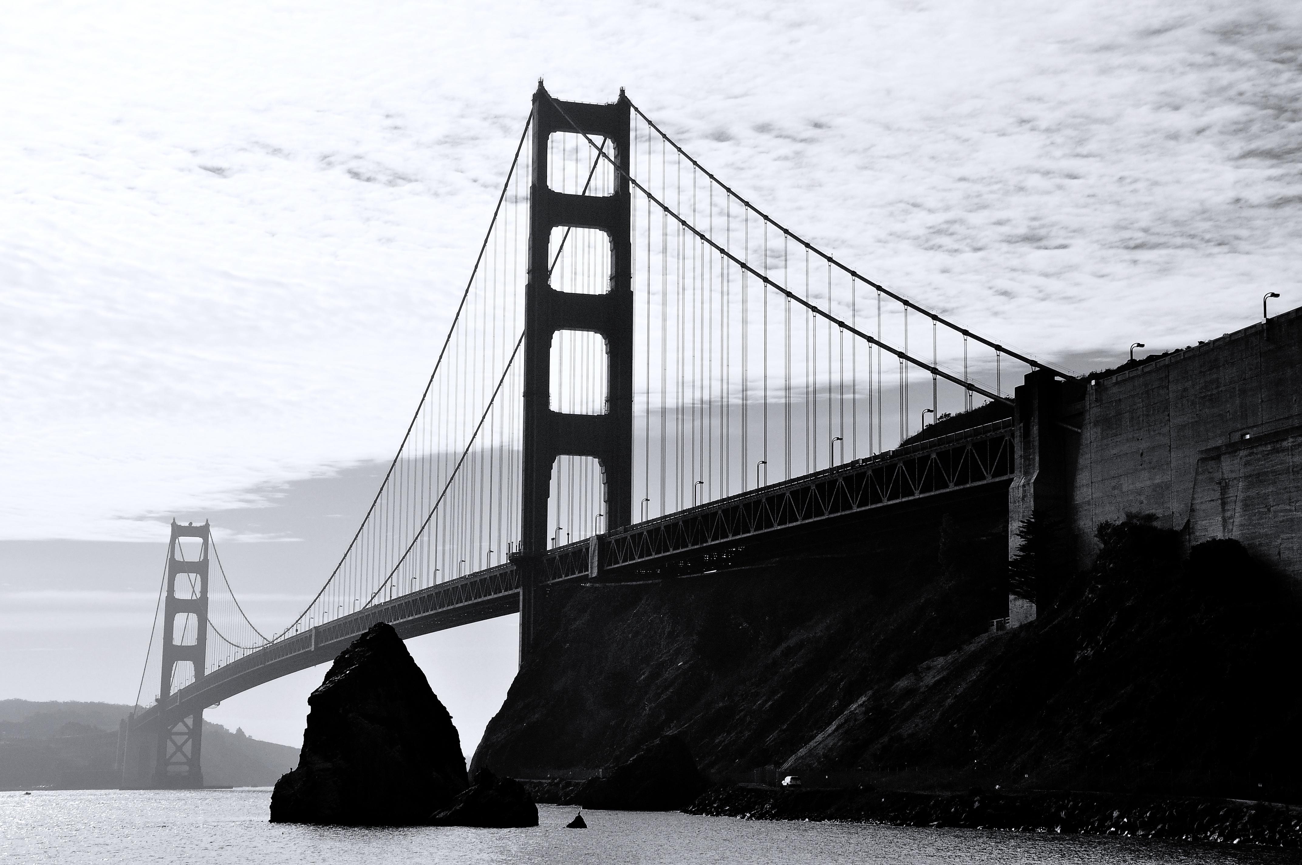 дизайнах обоев фотографии мостов черно белые высокого разрешения один главный