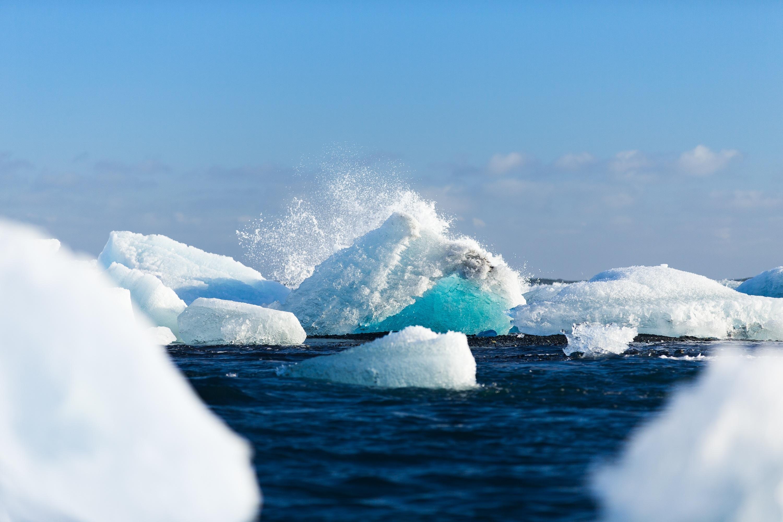 Голубое море фотографии зимой