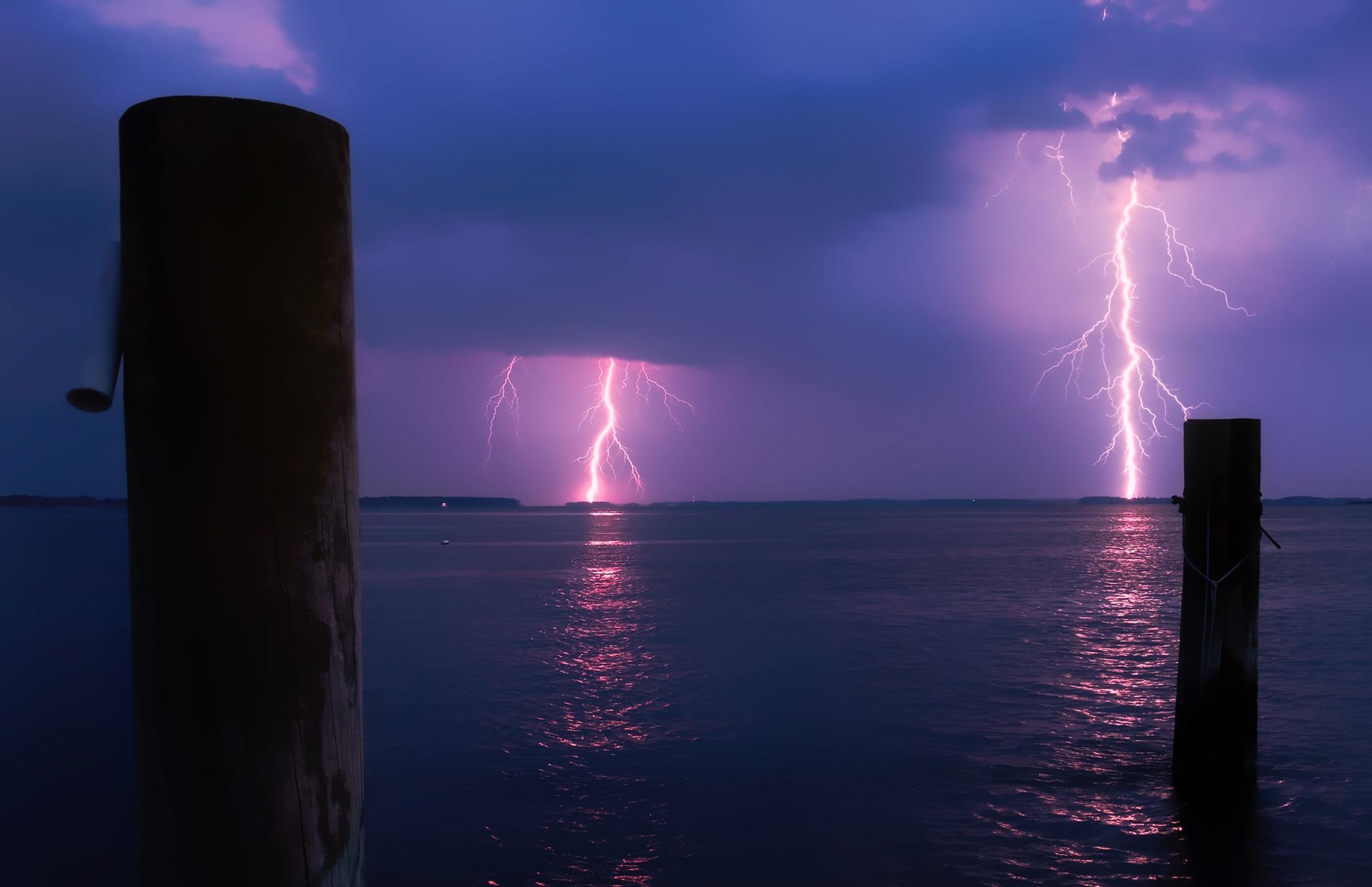 молния на море живое фото необходимо учесть некоторые