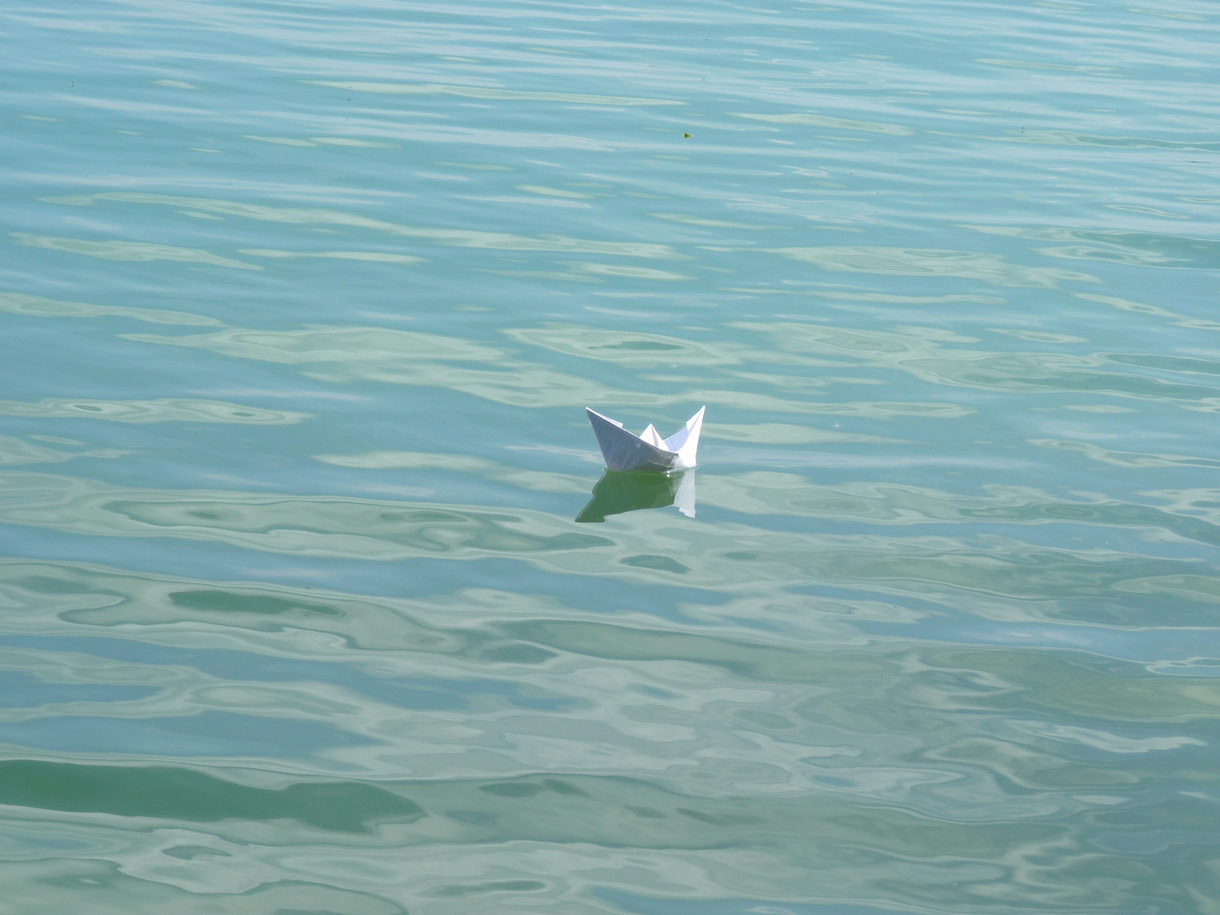 Gambar Air Lautan Gelombang Kapal Sepatu Bot Kertas Melipat