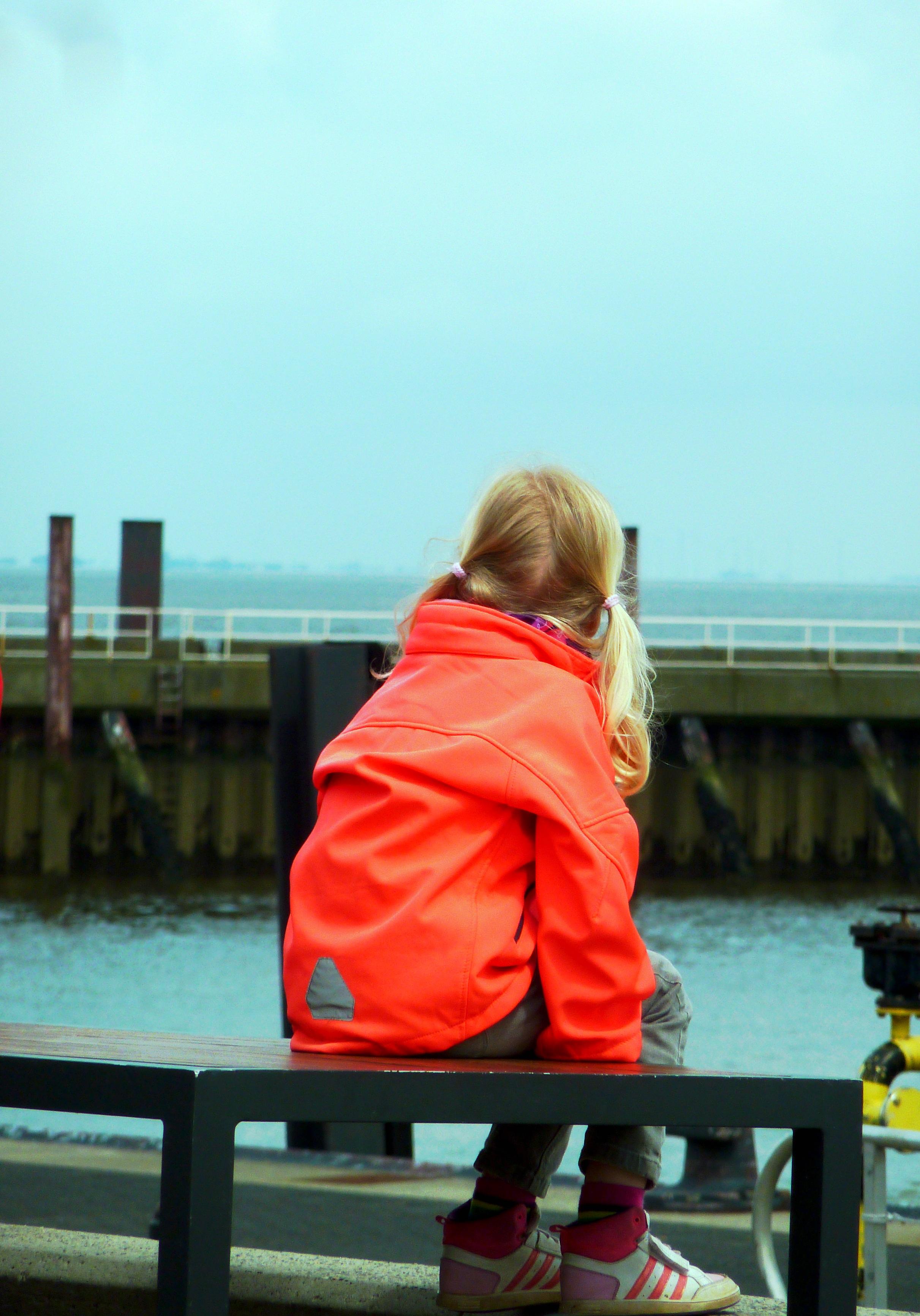 more voda človek loď letné dovolenka jar červená farba dovolenka prístav  voľný čas lode deň Krtko f785663b64e