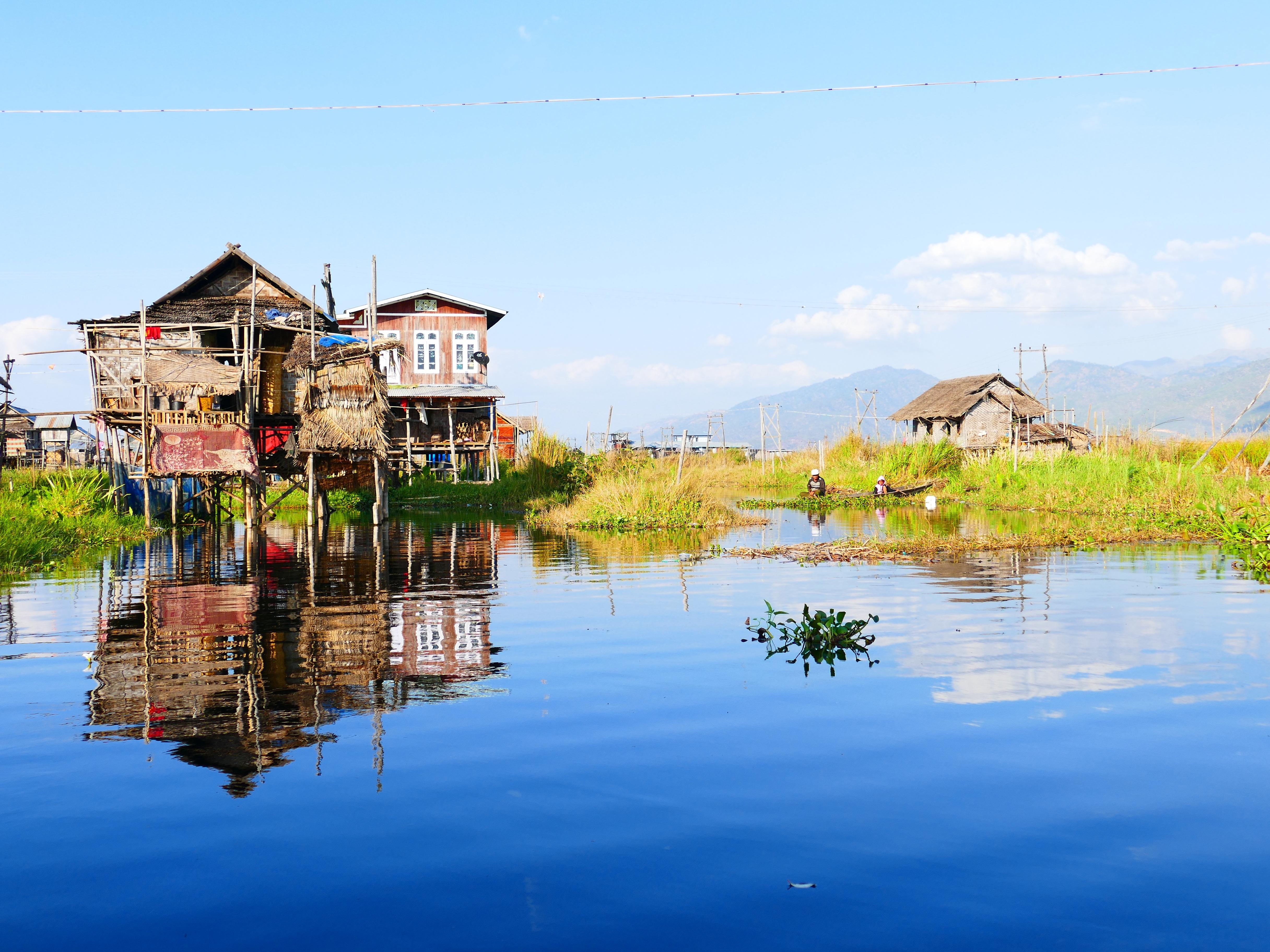 mar agua apuntalar lago casa ro vacaciones choza pueblo estanque reflexin baha camino acutico tallo aguas