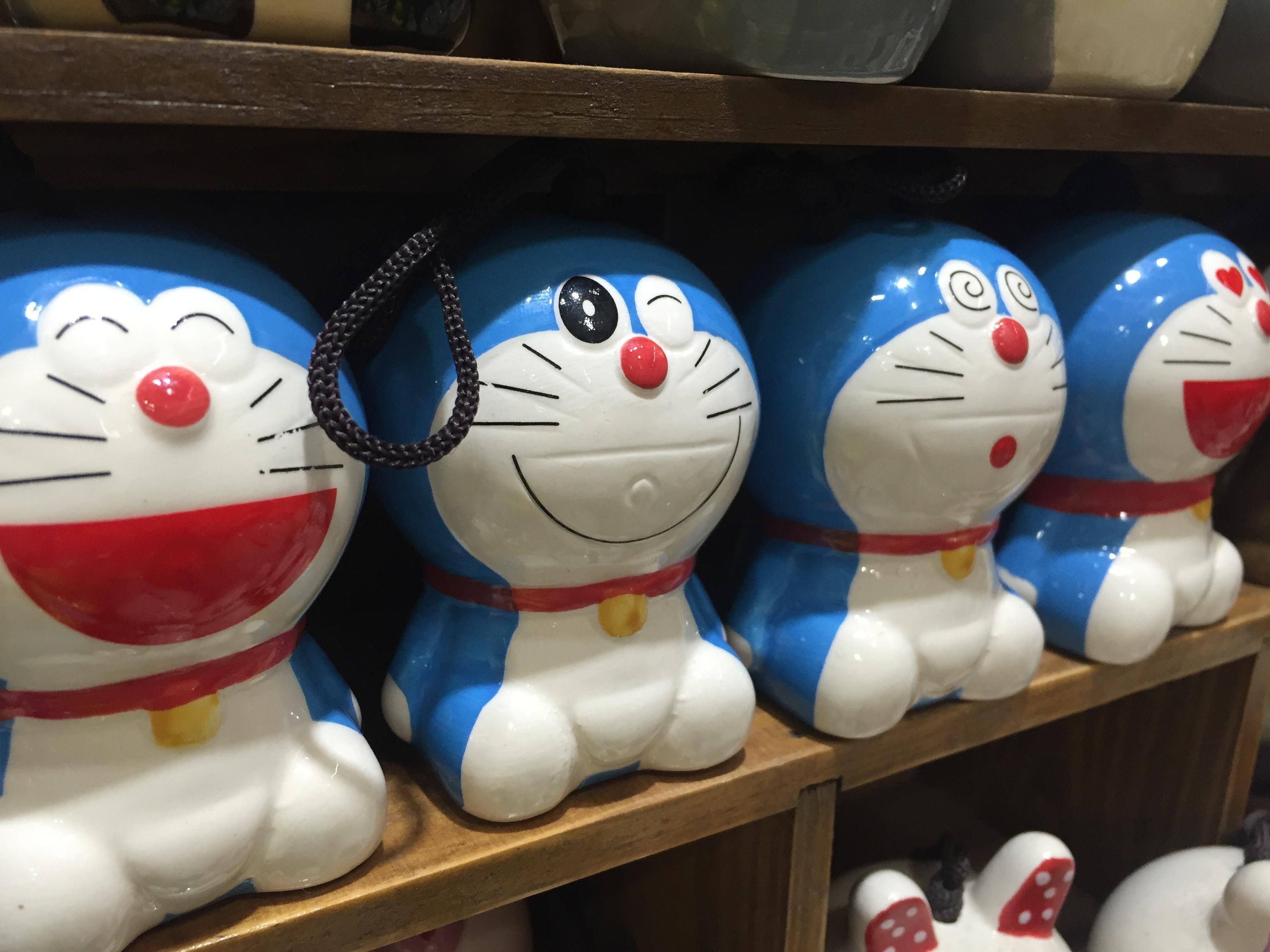 Unduh 530+ Gambar Doraemon Tertawa Gratis Terbaru