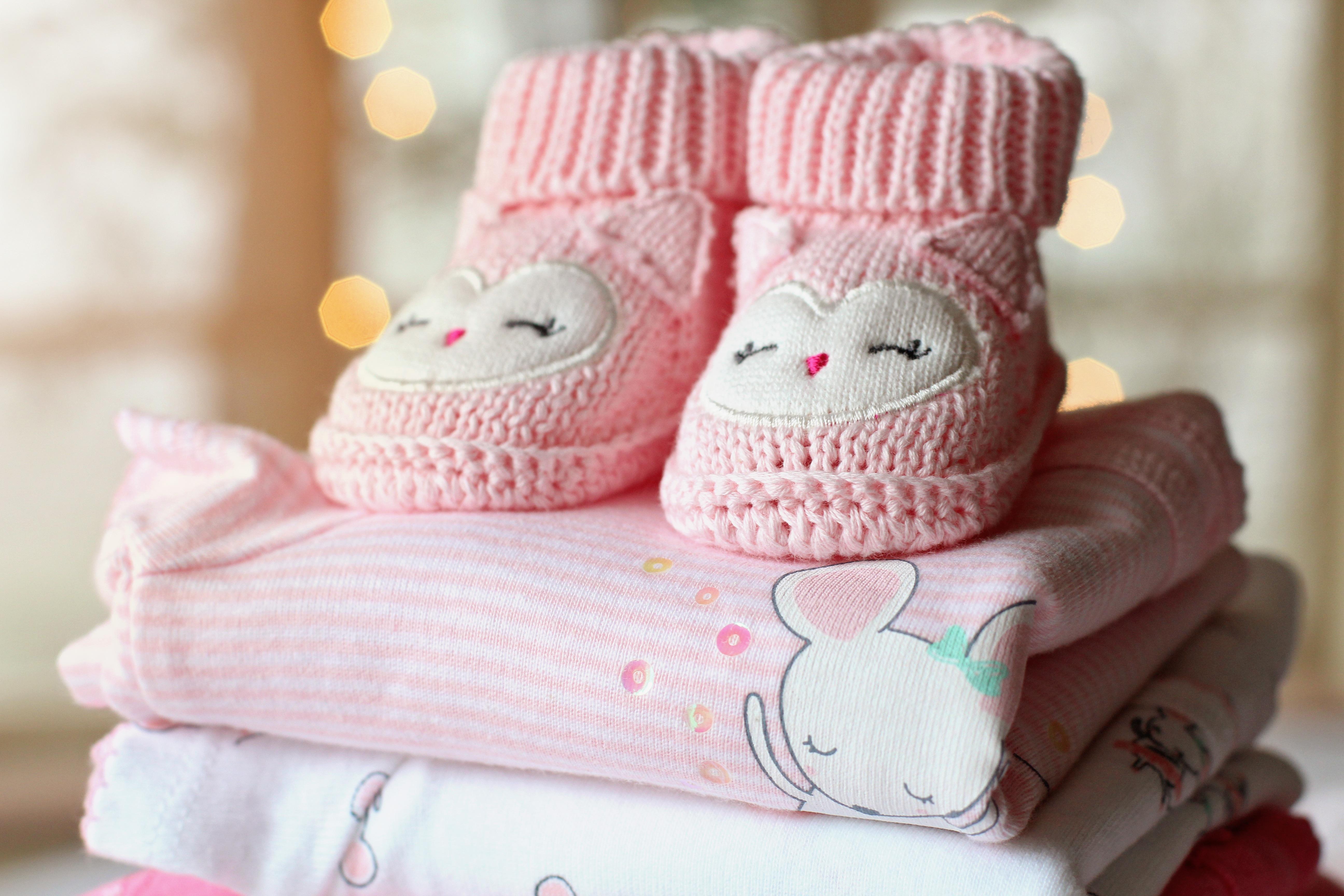 Fotos gratis : zapato, niña, blanco, dulce, niño, linda, hembra ...