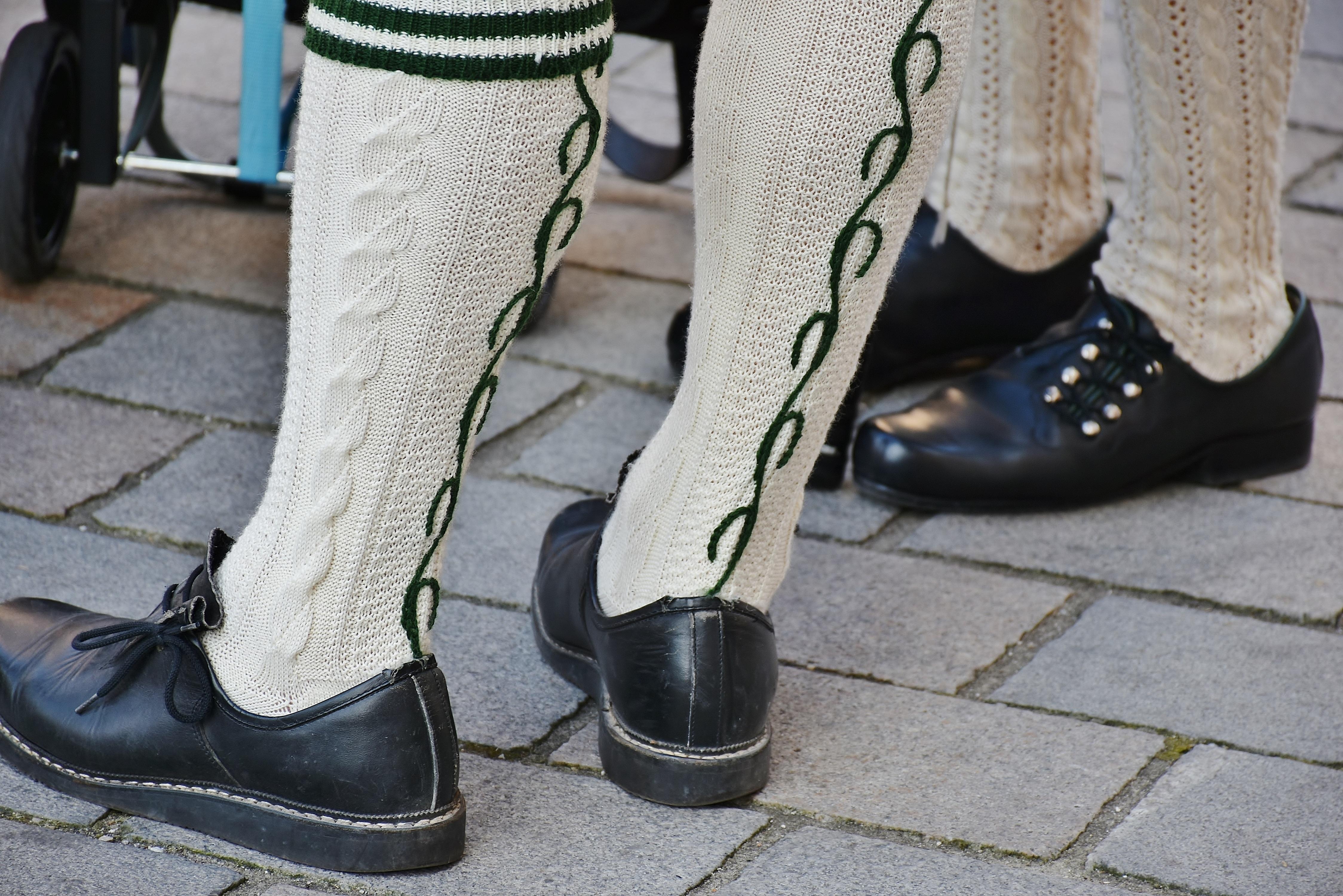 Gratis billeder : gruppe, støvle, ben, forår, grøn, mode