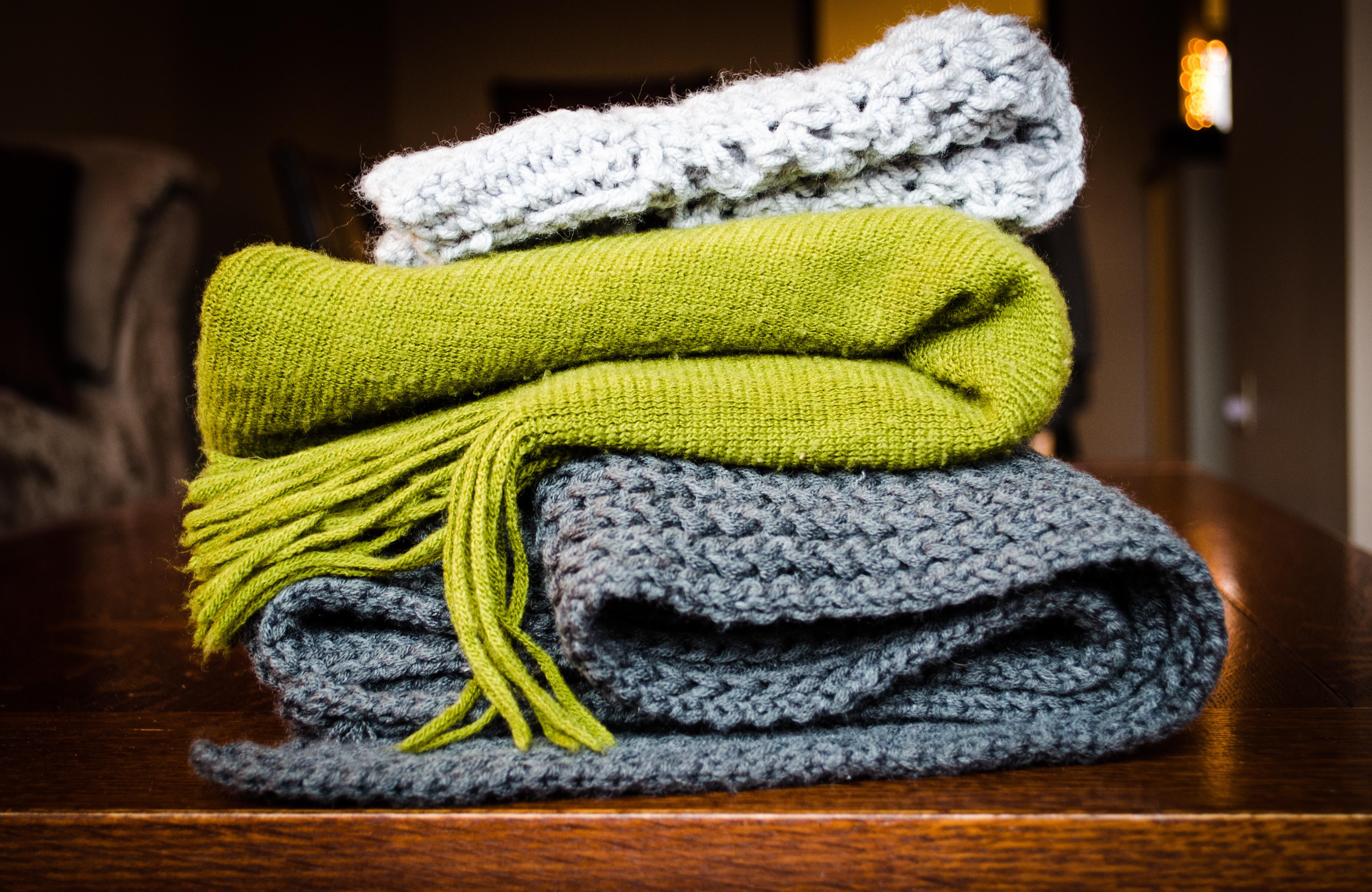 Fotos gratis : zapato, patrón, verde, ropa, amarillo, tejer, hilo ...
