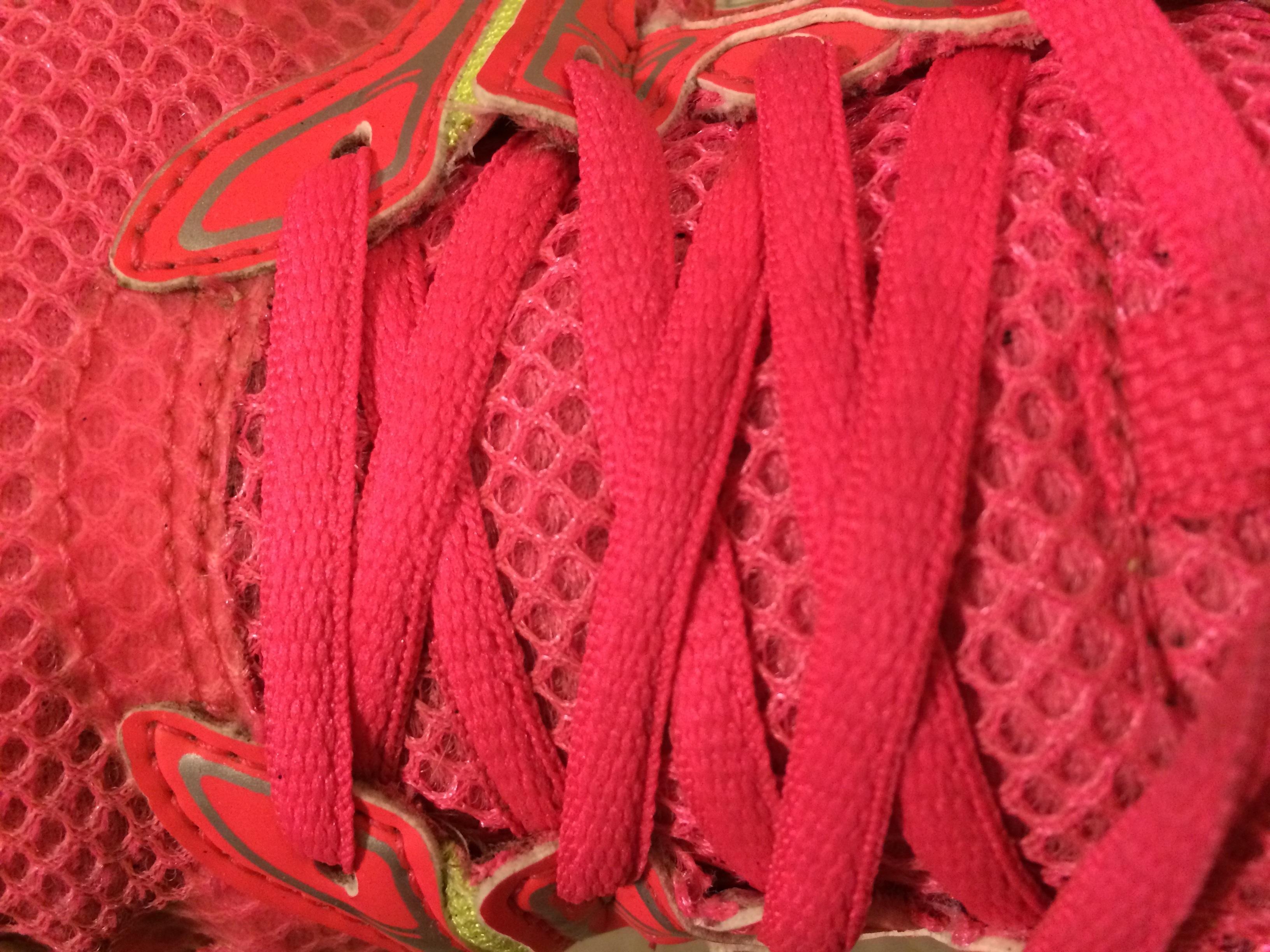 Fotos gratis : zapato, patrón, Zapatilla de deporte, rojo, atlético ...