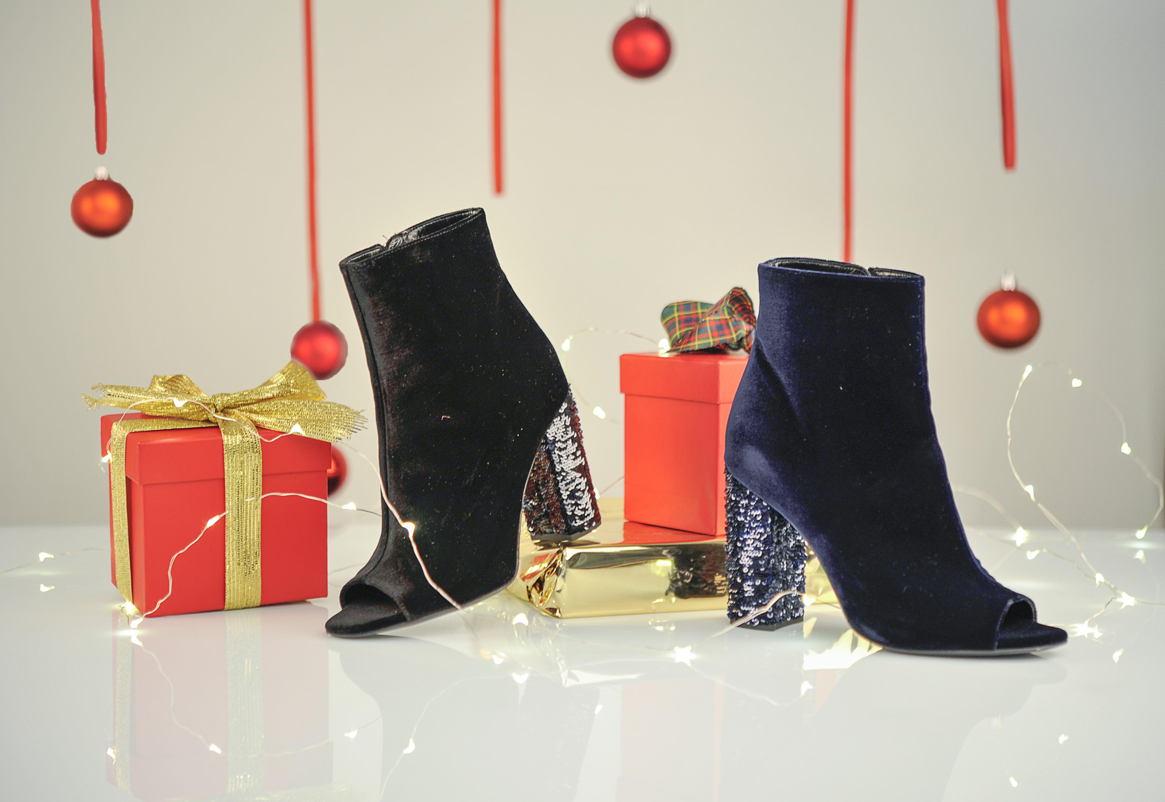 зимние волшебные картинки с обувью несколько