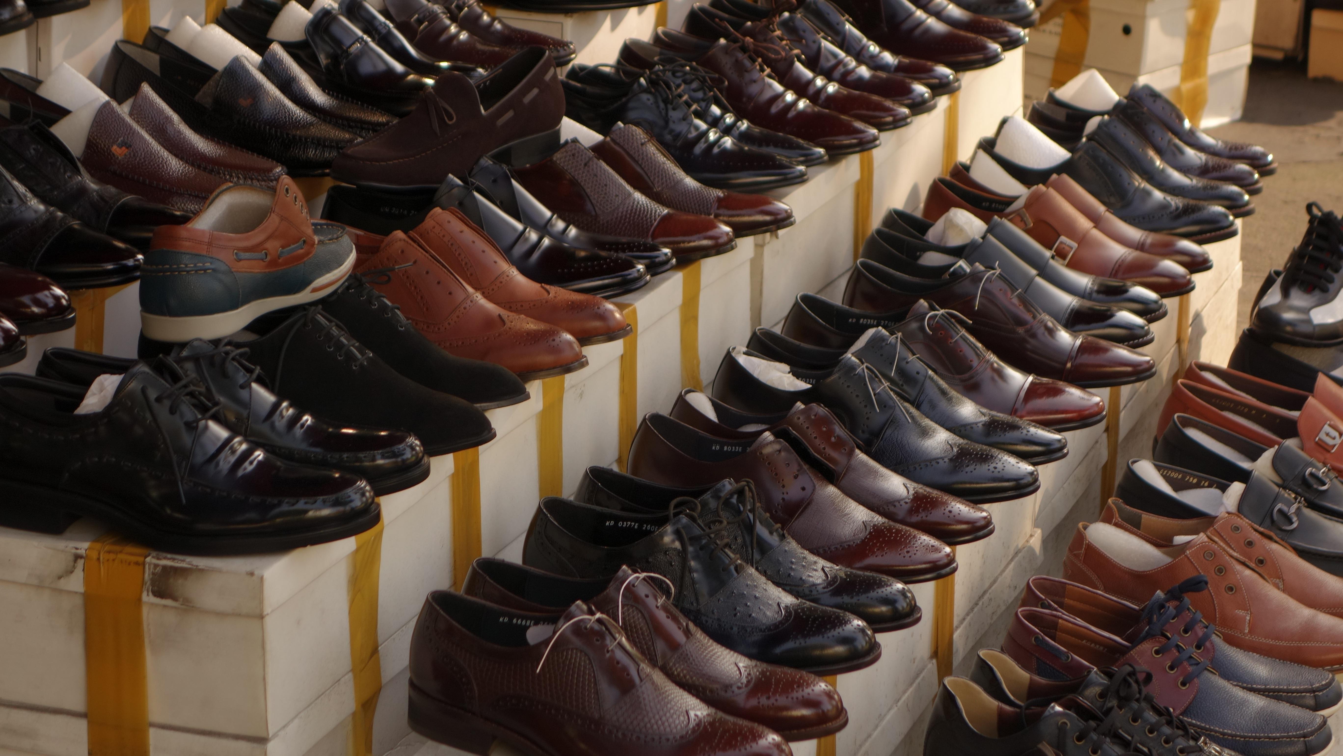 286e85b98 zapato tienda comida marrón mercado negro Zapatos calzado centro comercial  los zapatos de cuero Zapatos de
