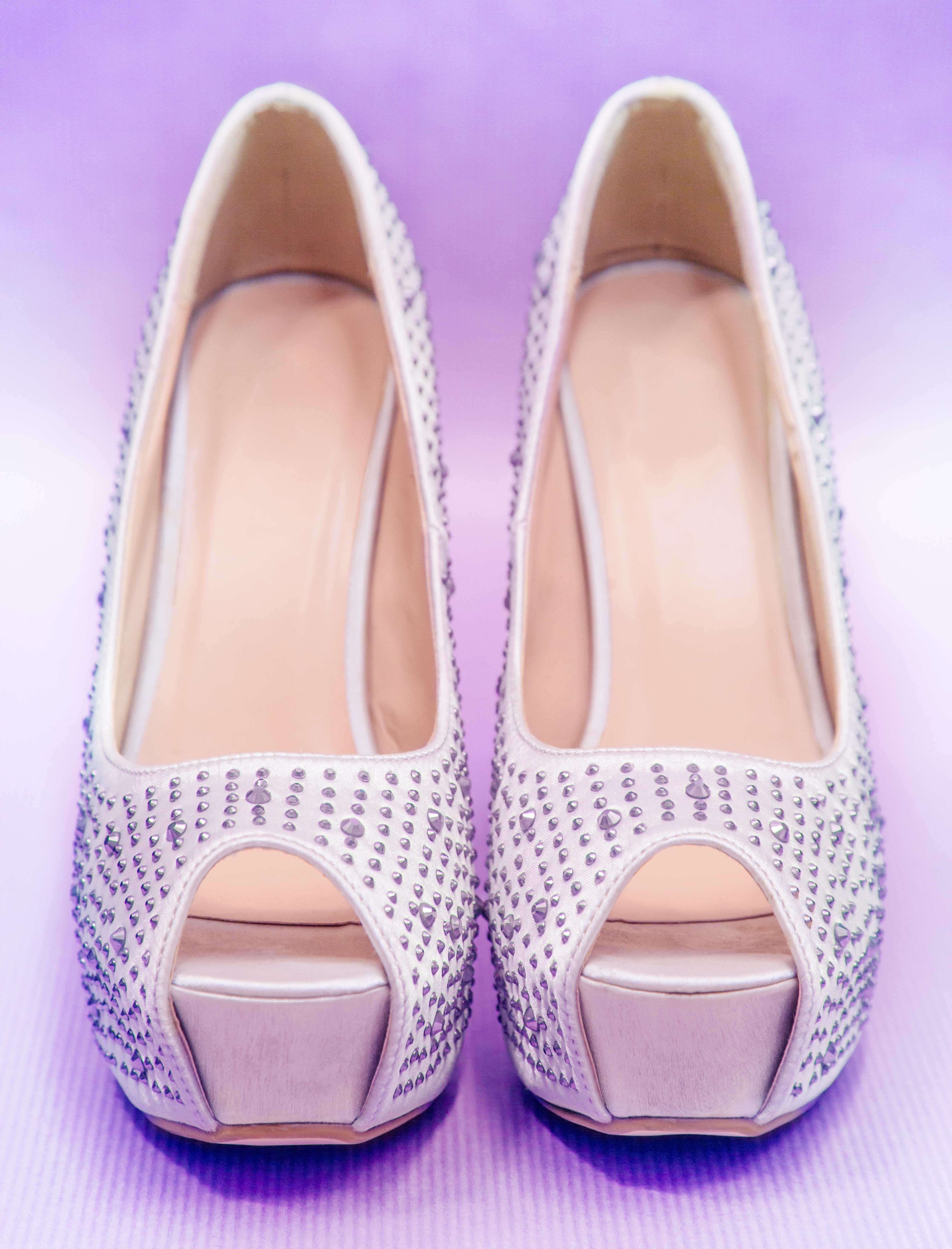 Fotos gratis : zapato, blanco, pierna, primavera, rosado, vestido de ...