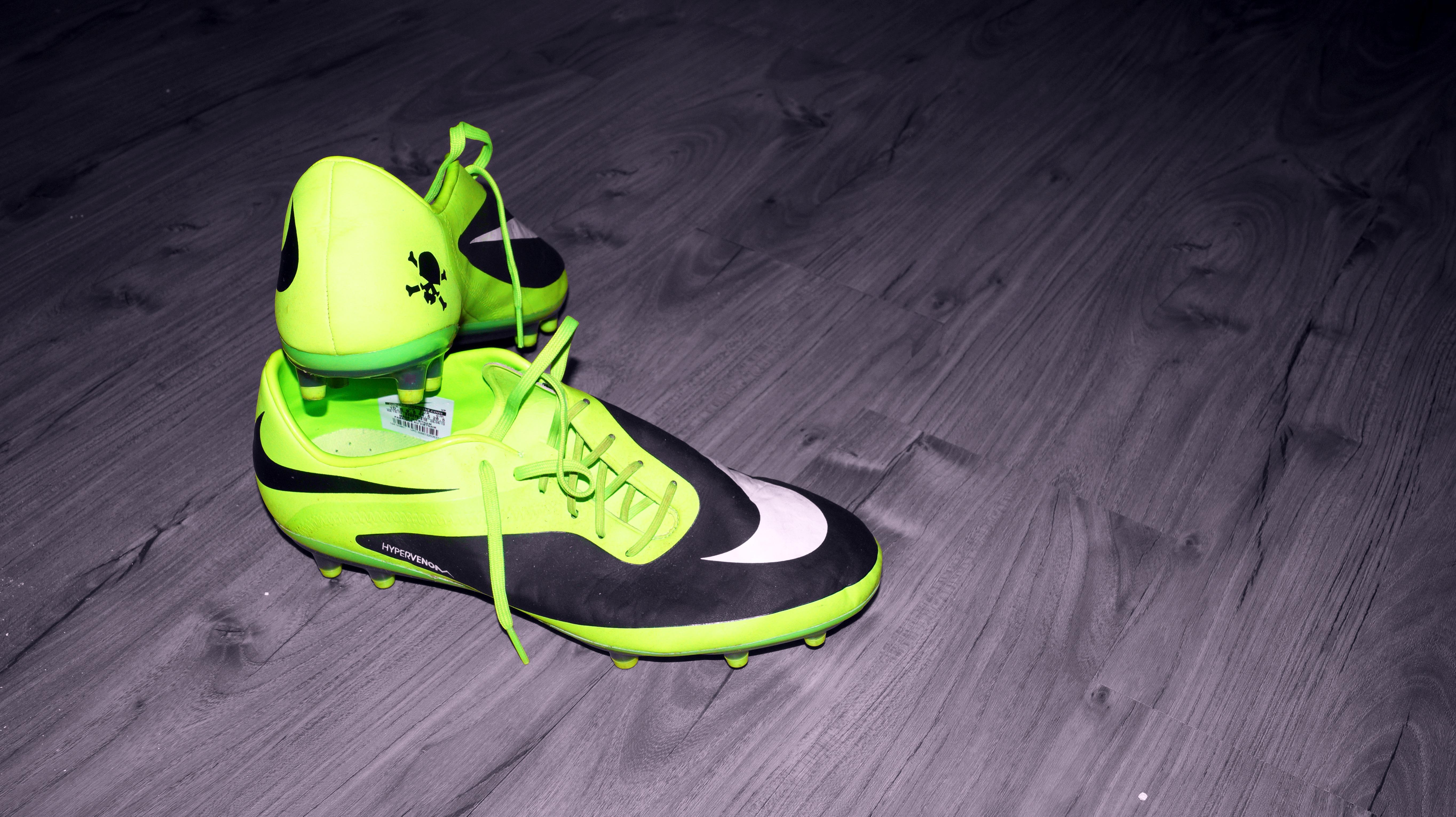 nike purple football shoes white leather tennis shoes nike