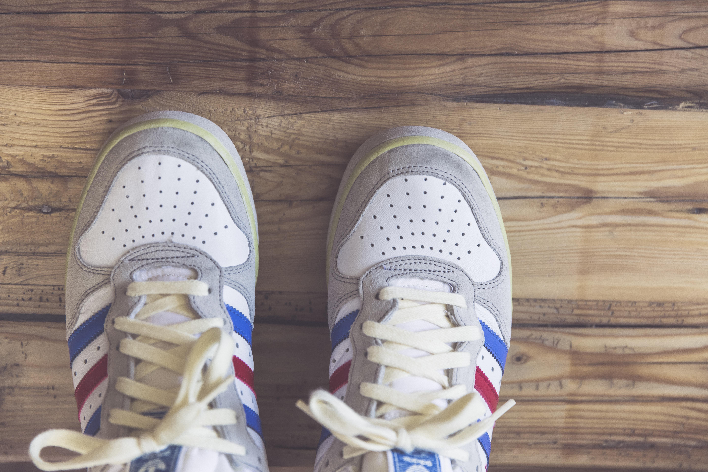 adidas bleu blanc rouge vintage