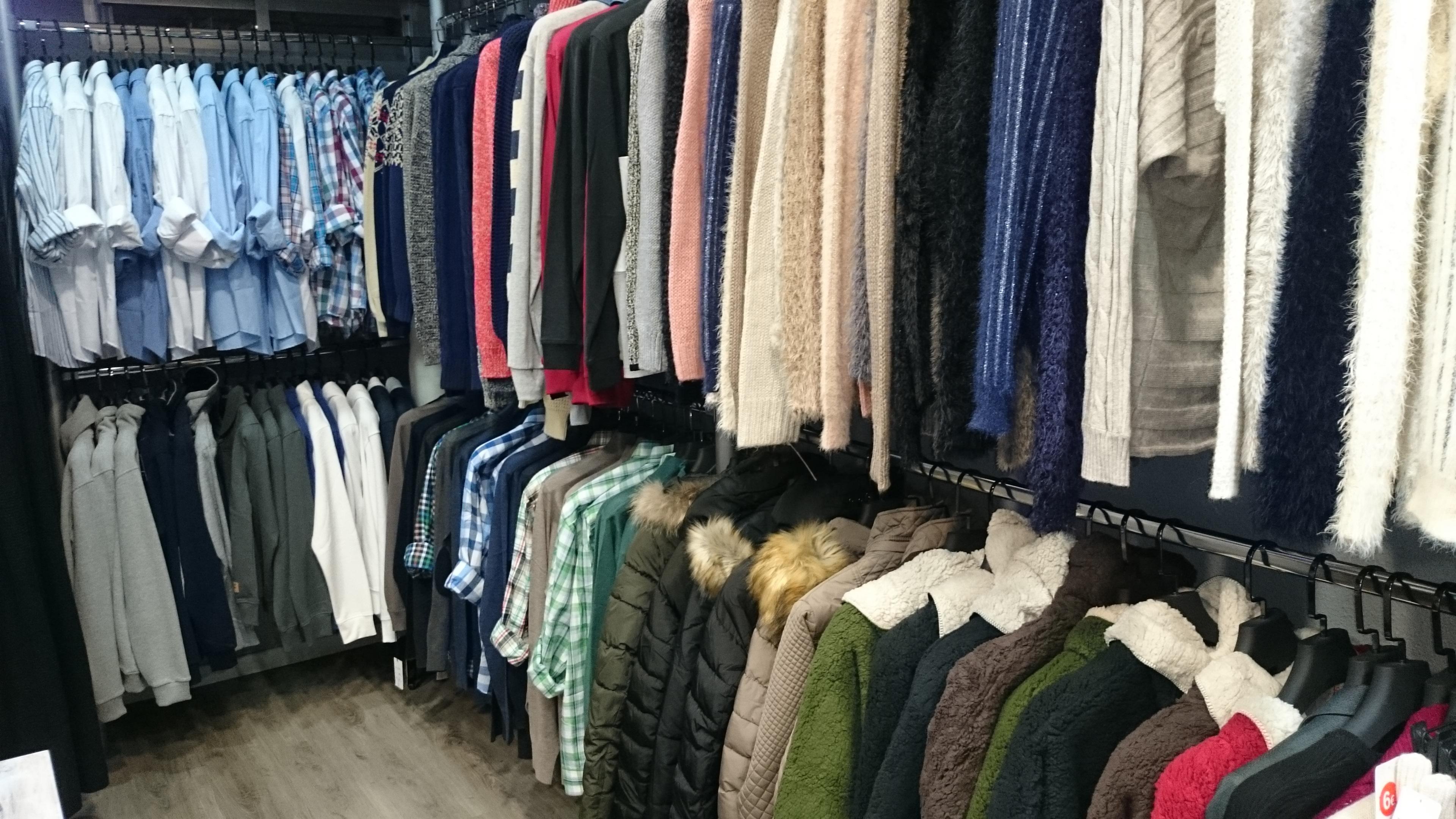 Shop Clothing Room Boutique Closet Textile Discounts
