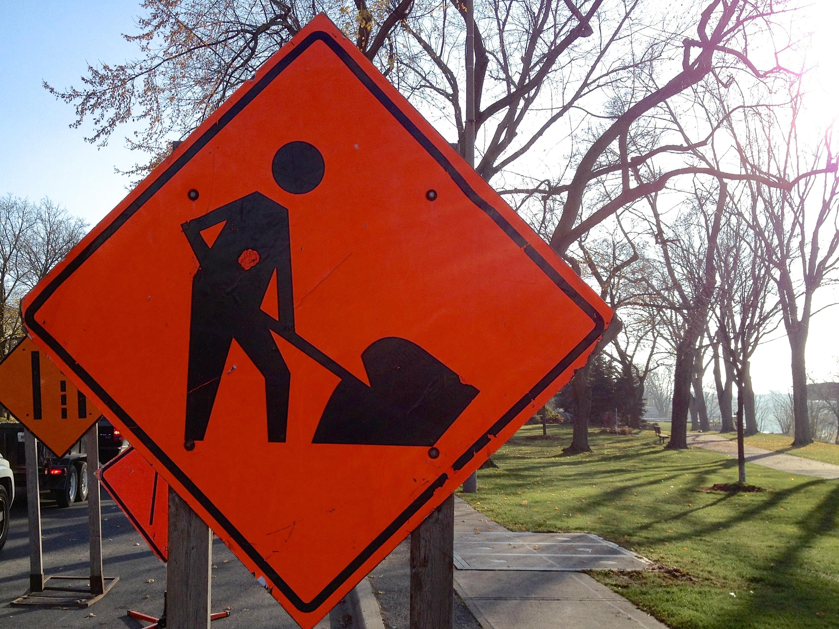 картинки альтернативные дорожные знаки протяжении всей своей