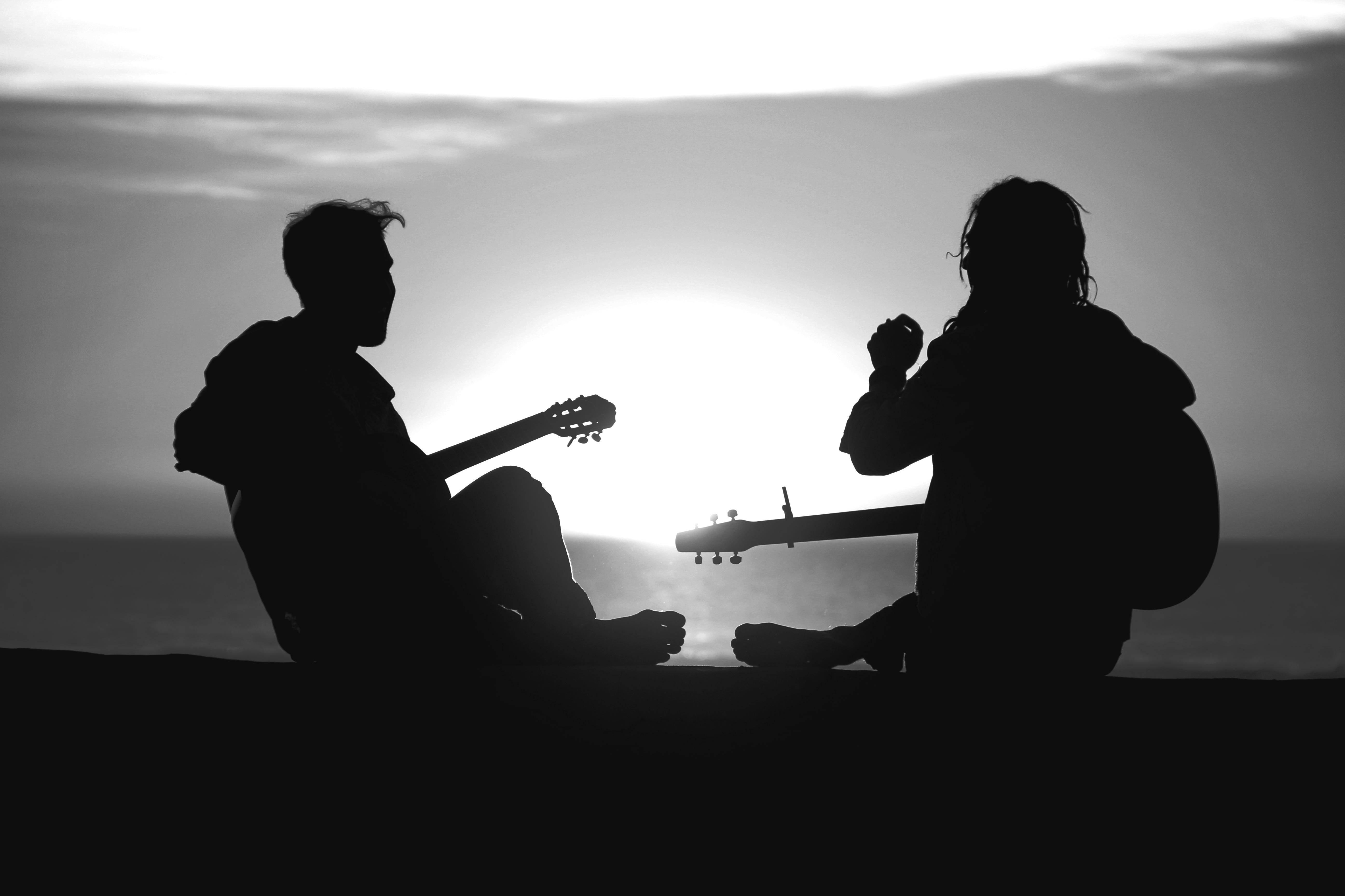 протяжении картинки с грустными гитаристами ног при сердечной